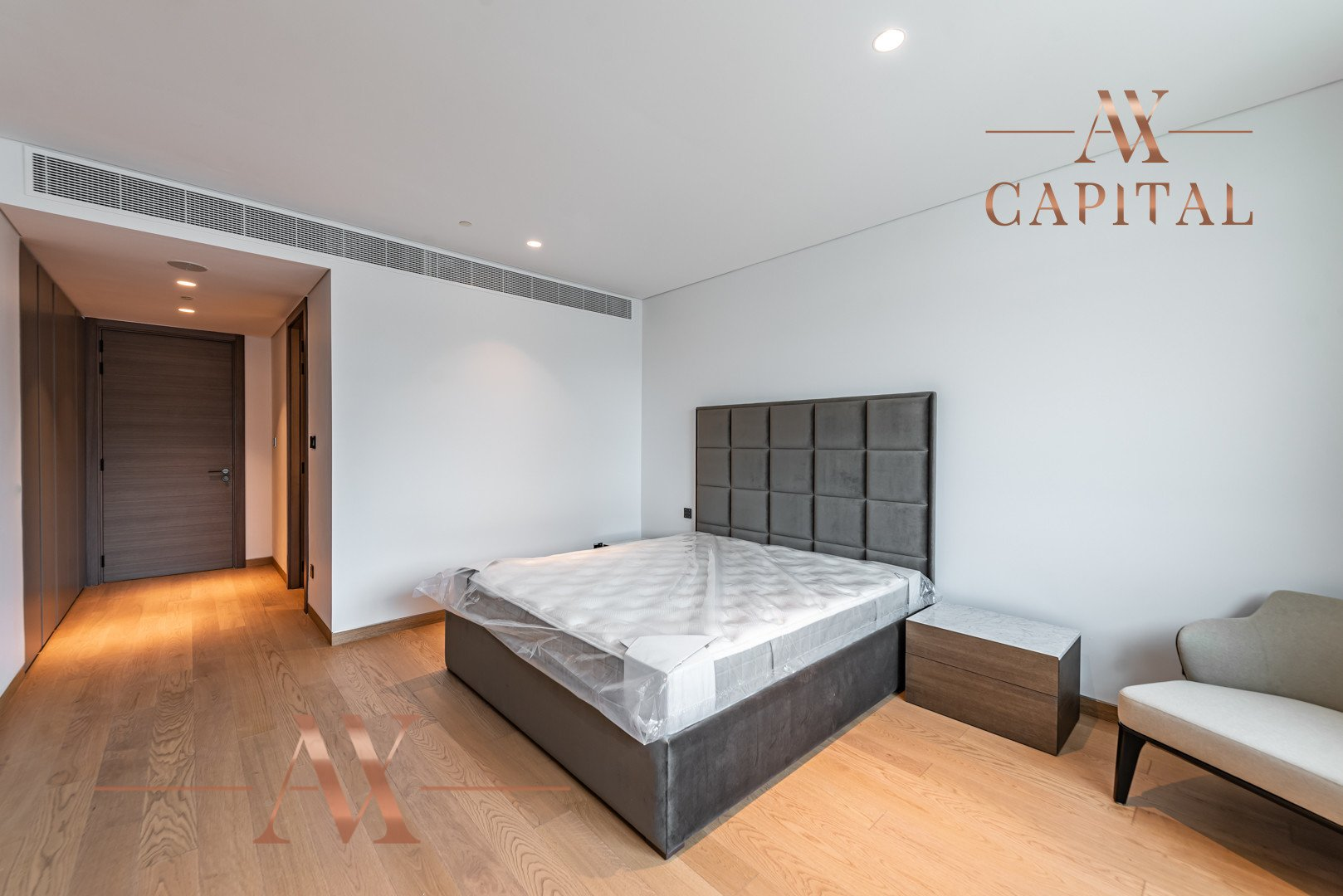 Penthouse for sale in Dubai, UAE, 3 bedrooms, 555.6 m2, No. 23768 – photo 14
