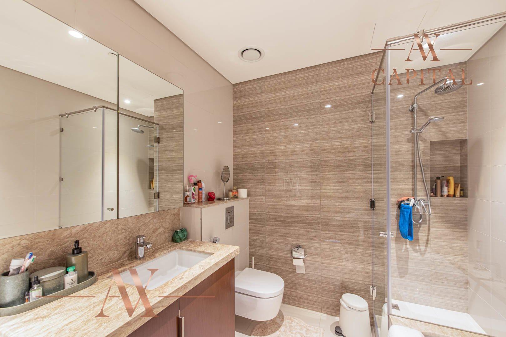 Apartment for sale in Dubai, UAE, 3 bedrooms, 225.7 m2, No. 23723 – photo 5