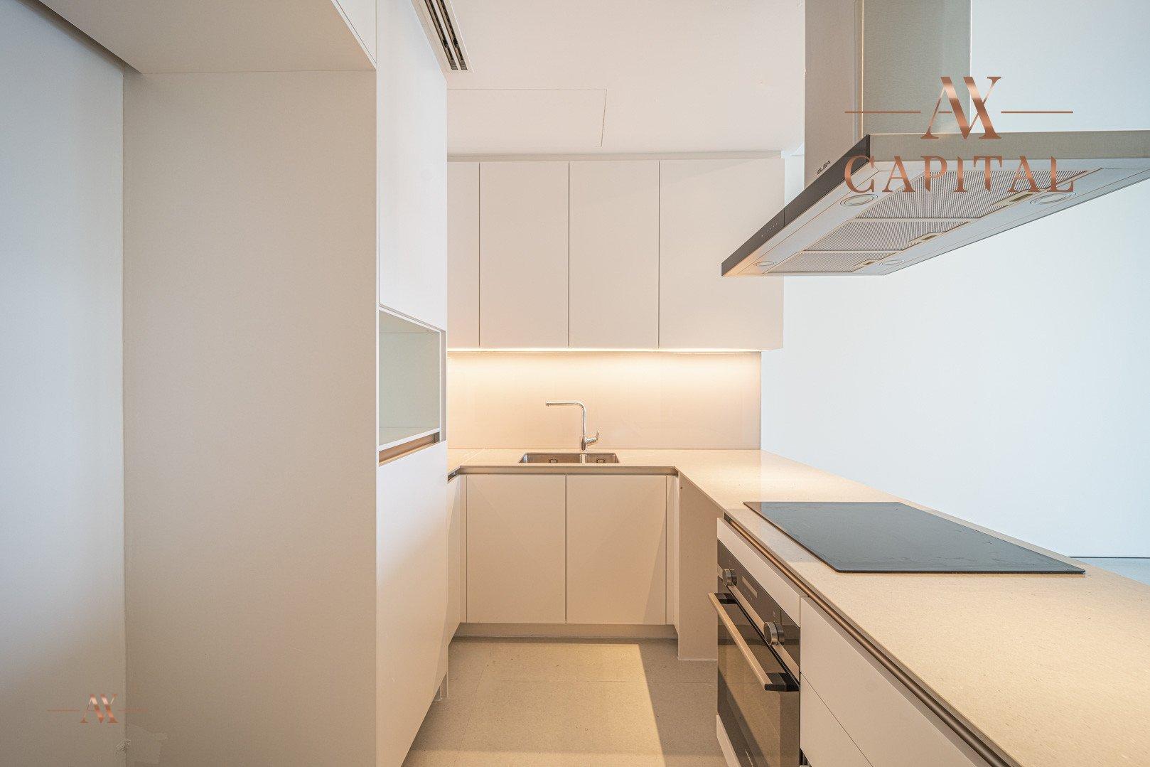Apartment for sale in Dubai, UAE, 2 bedrooms, 110 m2, No. 23636 – photo 7
