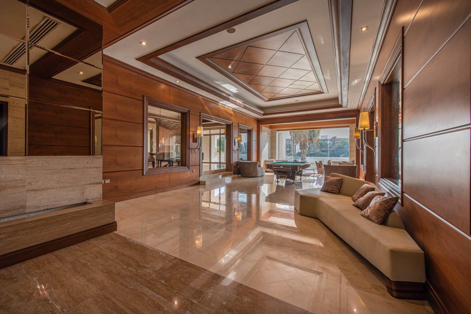 Villa for sale in Dubai, UAE, 6 bedrooms, 1114.8 m2, No. 23622 – photo 1
