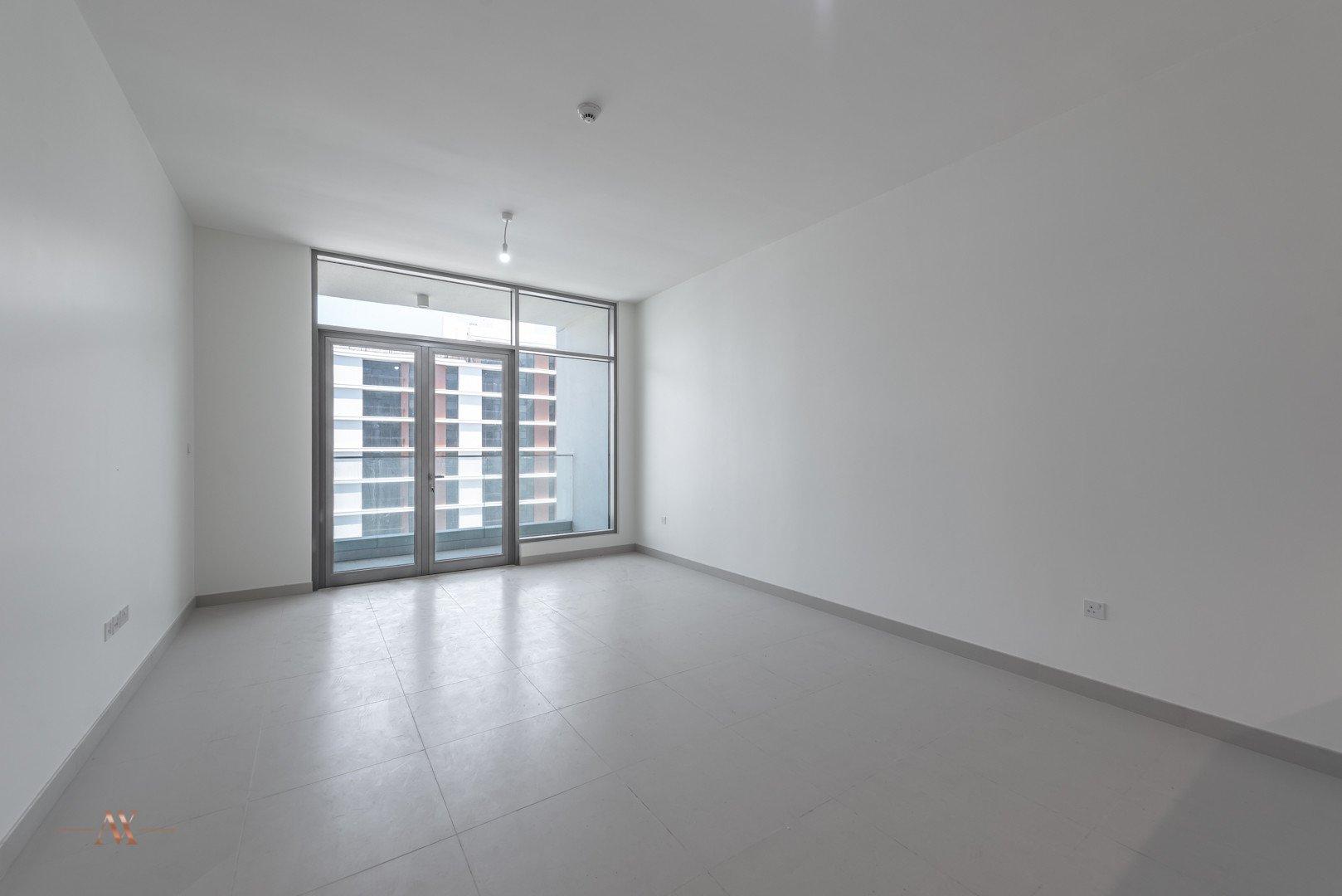 Apartment for sale in Dubai, UAE, 1 bedroom, 90.6 m2, No. 23645 – photo 9
