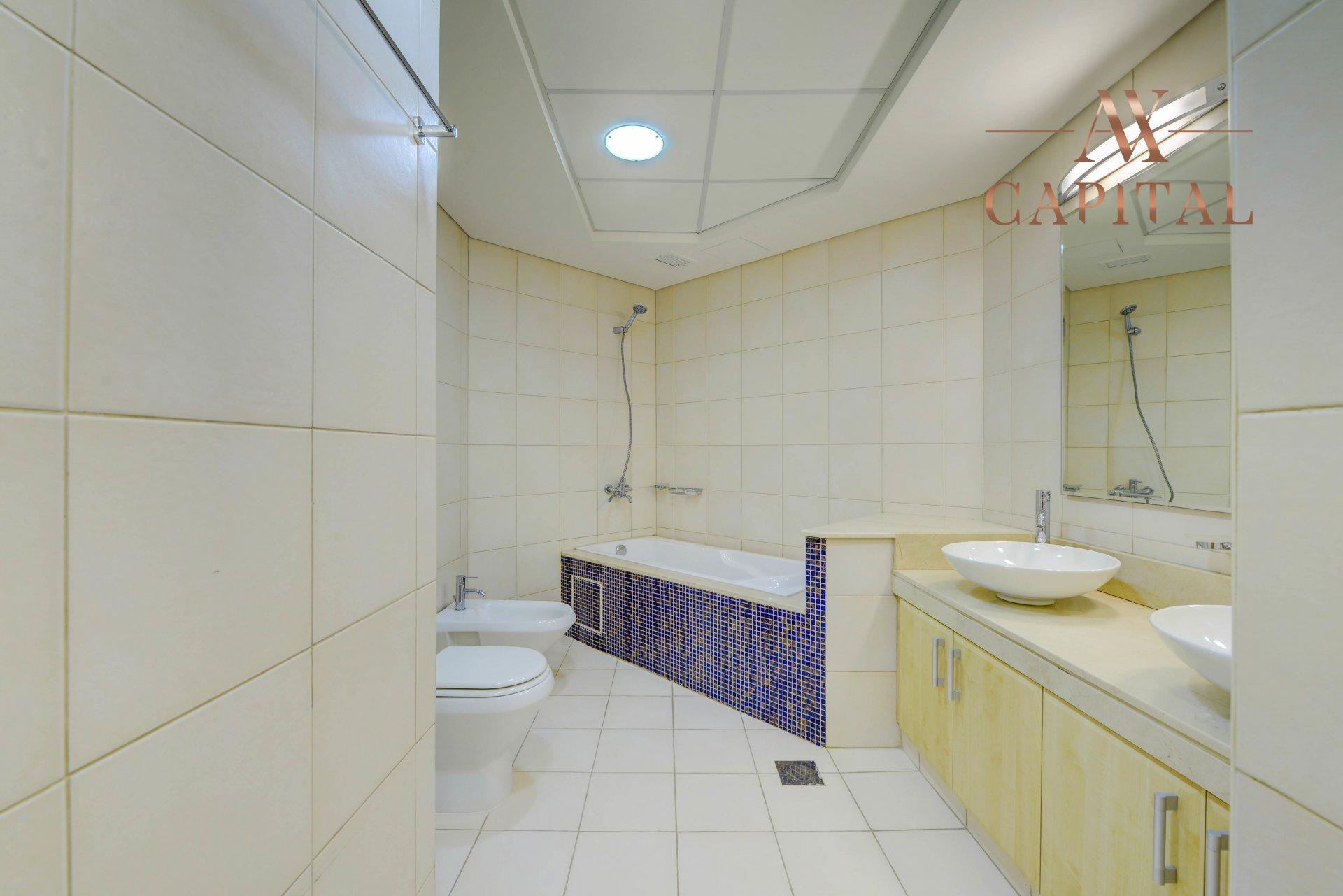 Apartment for sale in Dubai, UAE, 2 bedrooms, 148.9 m2, No. 23767 – photo 8