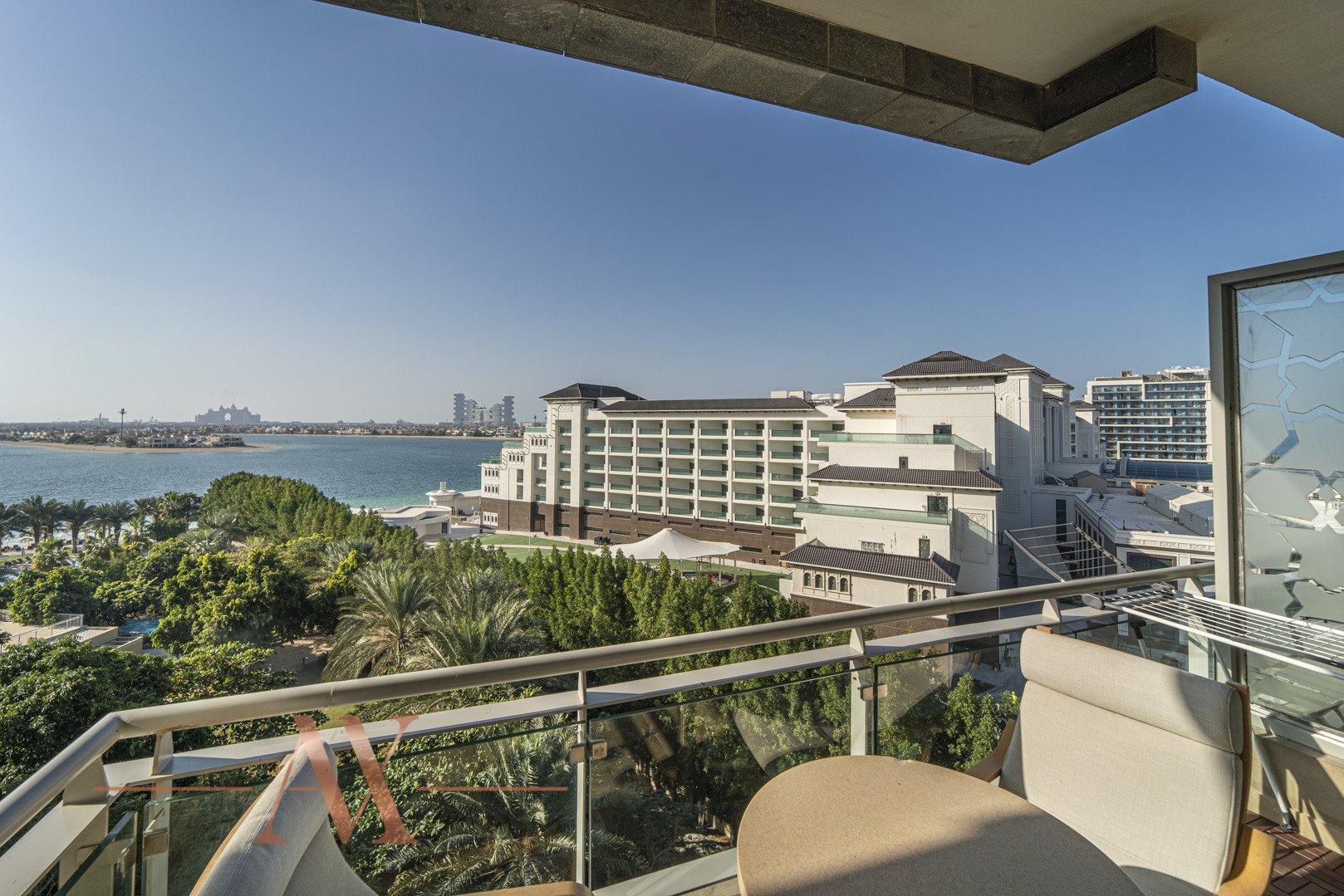 Apartment for sale in Dubai, UAE, 2 bedrooms, 206 m2, No. 23806 – photo 3