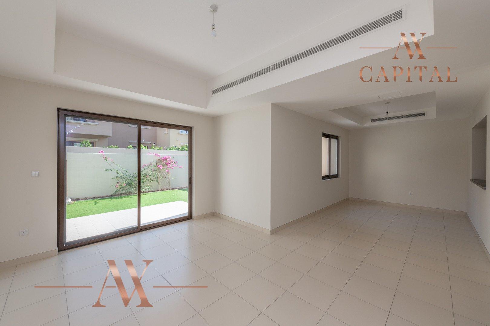 Villa for sale in Dubai, UAE, 3 bedrooms, 224 m2, No. 23805 – photo 1