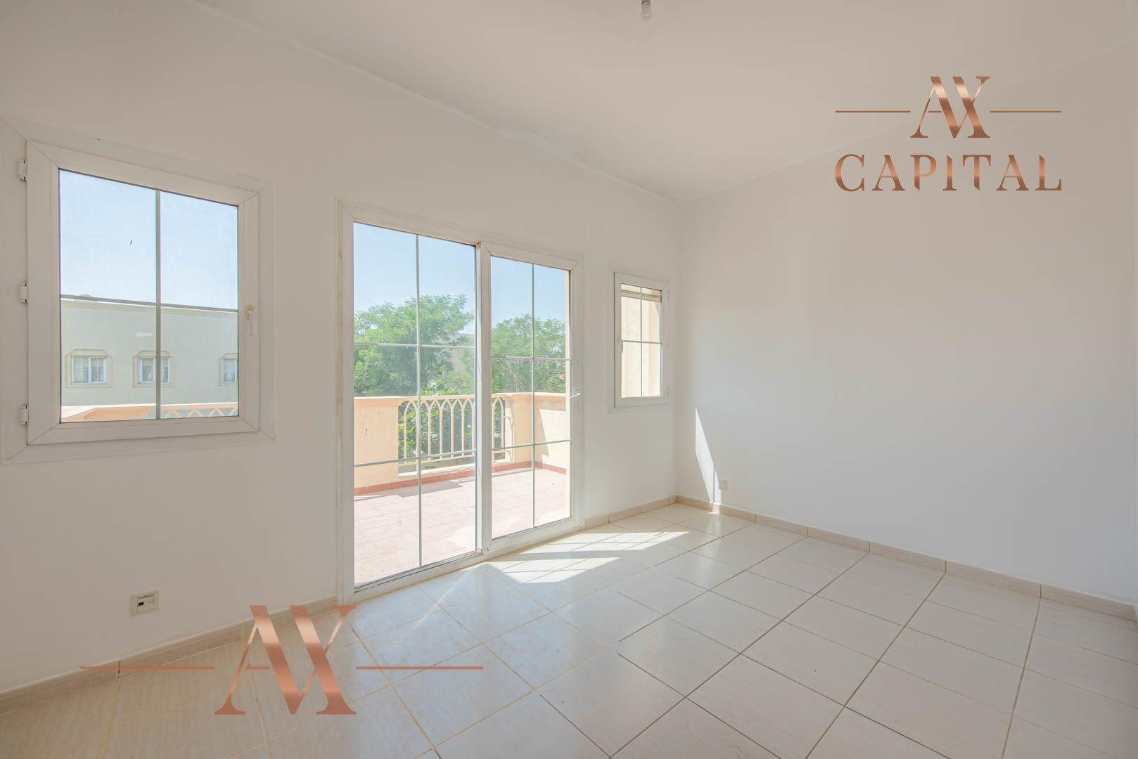 Villa for sale in Dubai, UAE, 2 bedrooms, 166.7 m2, No. 23769 – photo 16