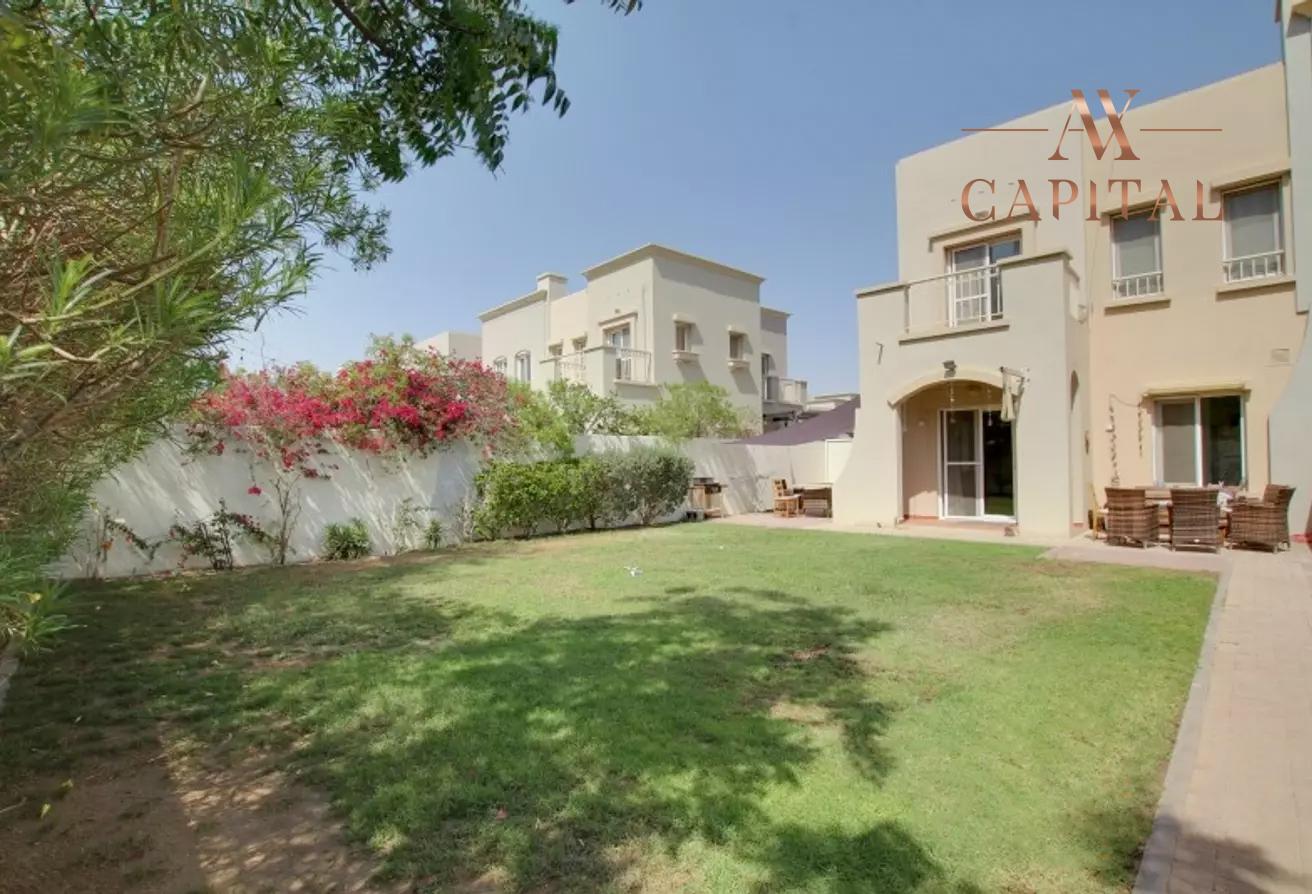 Villa for sale in Dubai, UAE, 2 bedrooms, 175.5 m2, No. 23752 – photo 9