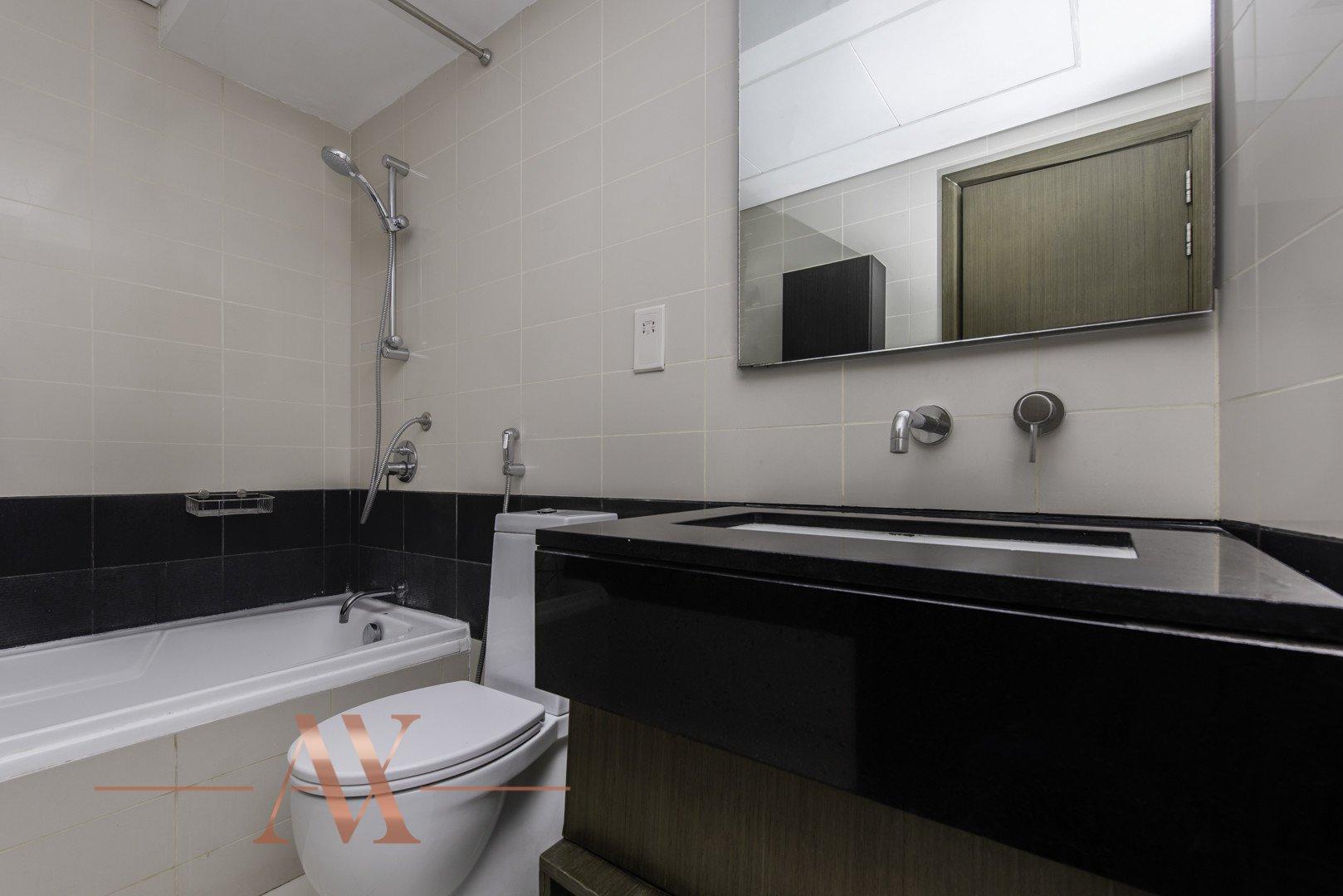 Apartment for sale in Dubai, UAE, 2 bedrooms, 120.5 m2, No. 23798 – photo 6