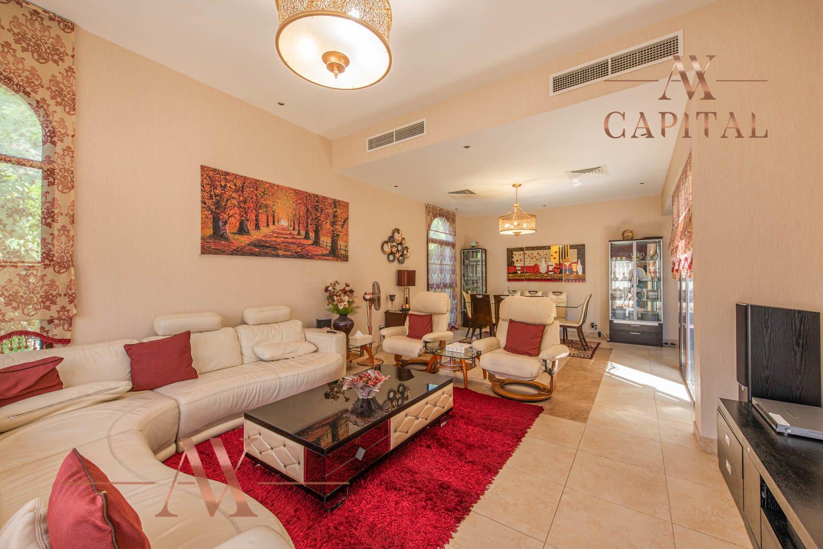 Villa for sale in Dubai, UAE, 4 bedrooms, 388.7 m2, No. 23691 – photo 1