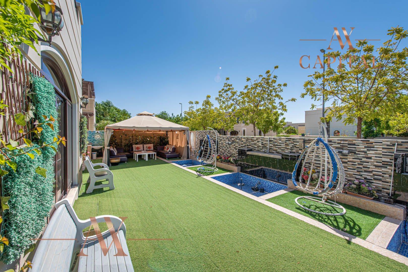 Villa for sale in Dubai, UAE, 4 bedrooms, 388.7 m2, No. 23691 – photo 2