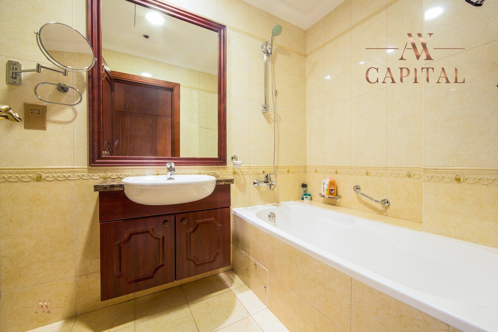 Apartment for sale in Dubai, UAE, 2 bedrooms, 164 m2, No. 23626 – photo 5
