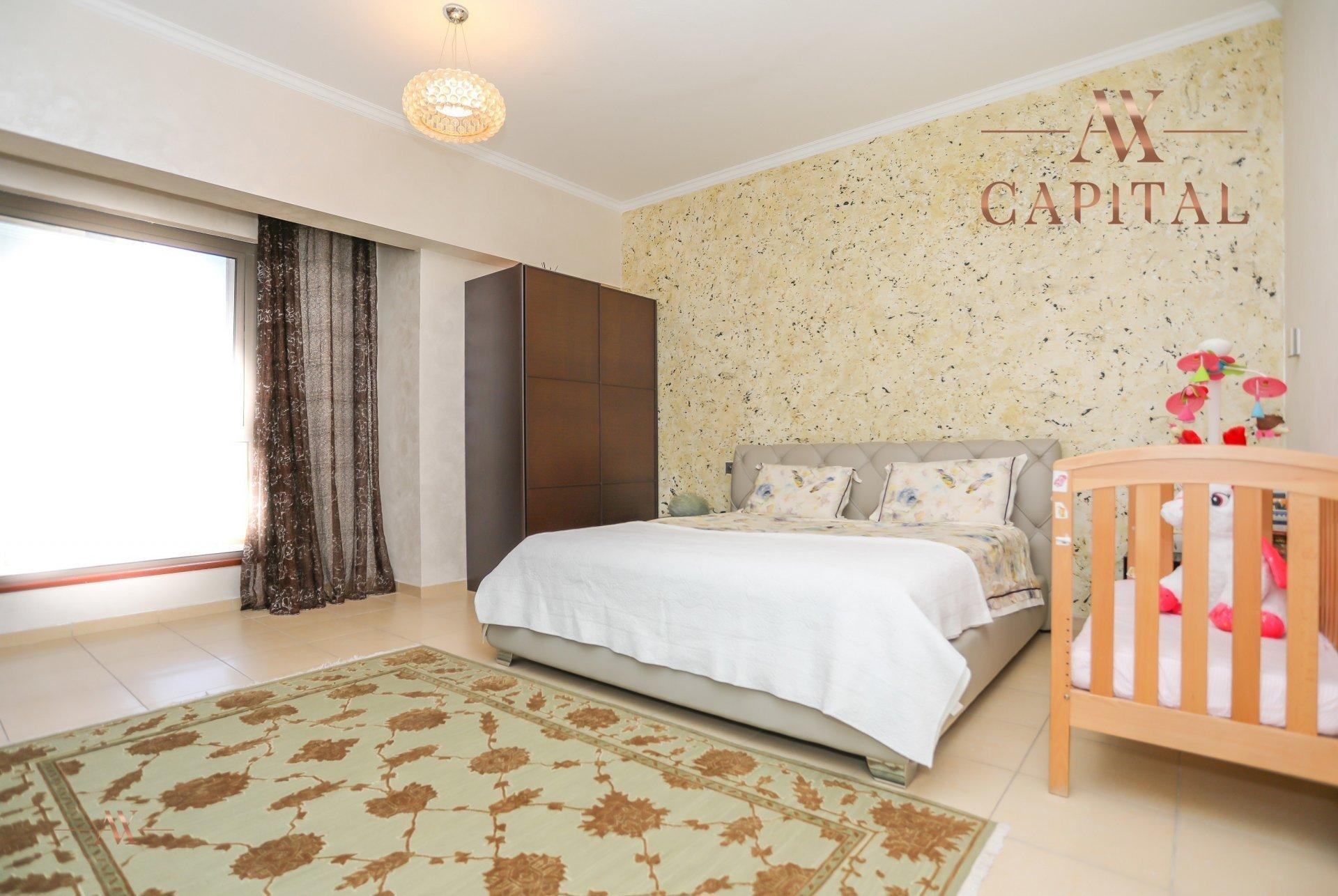 Apartment for sale in Dubai, UAE, 4 bedrooms, 251.5 m2, No. 23495 – photo 12