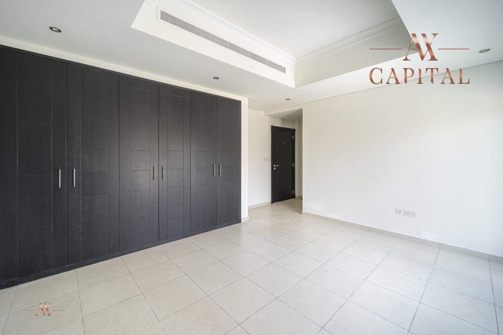 Villa for sale in Dubai, UAE, 5 bedrooms, 611.9 m2, No. 23654 – photo 23