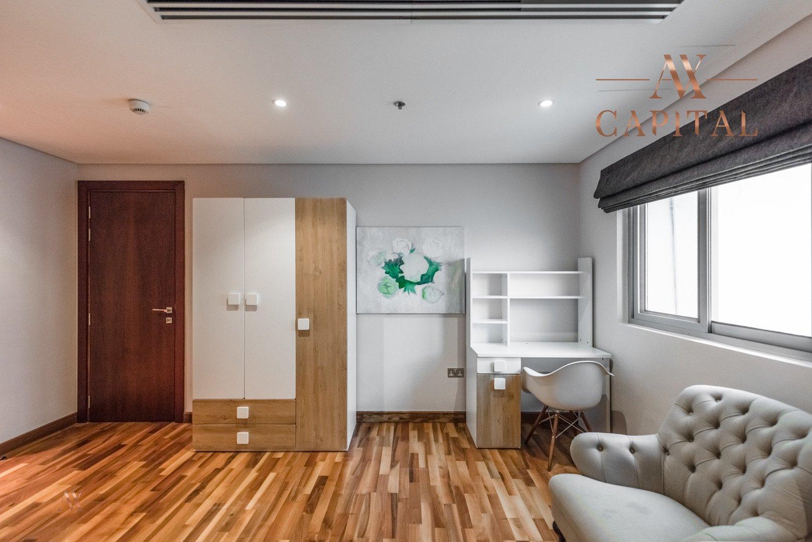 Villa for sale in Dubai, UAE, 4 bedrooms, 426 m2, No. 23592 – photo 12