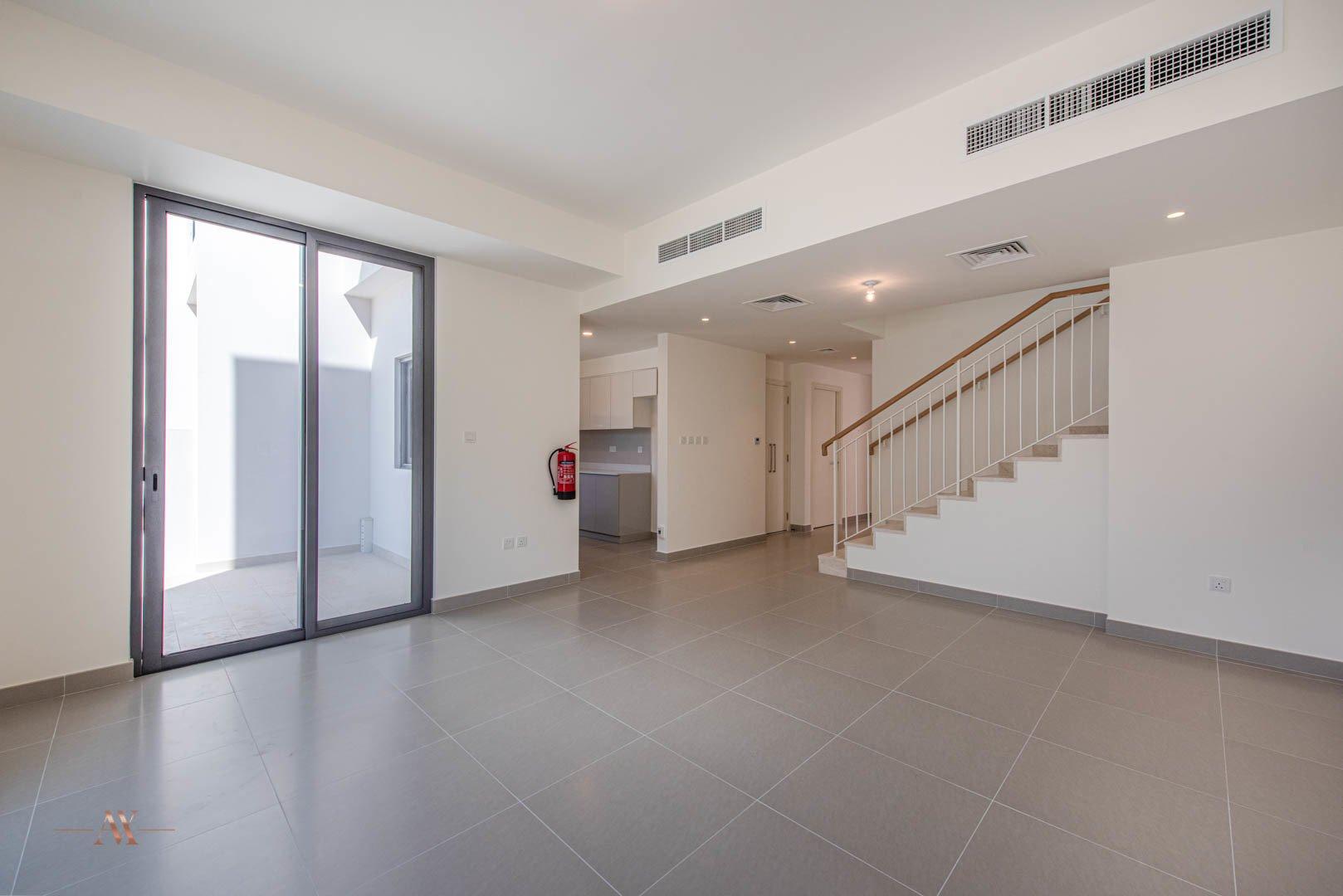 Villa for sale in Dubai, UAE, 3 bedrooms, 194.4 m2, No. 23635 – photo 1