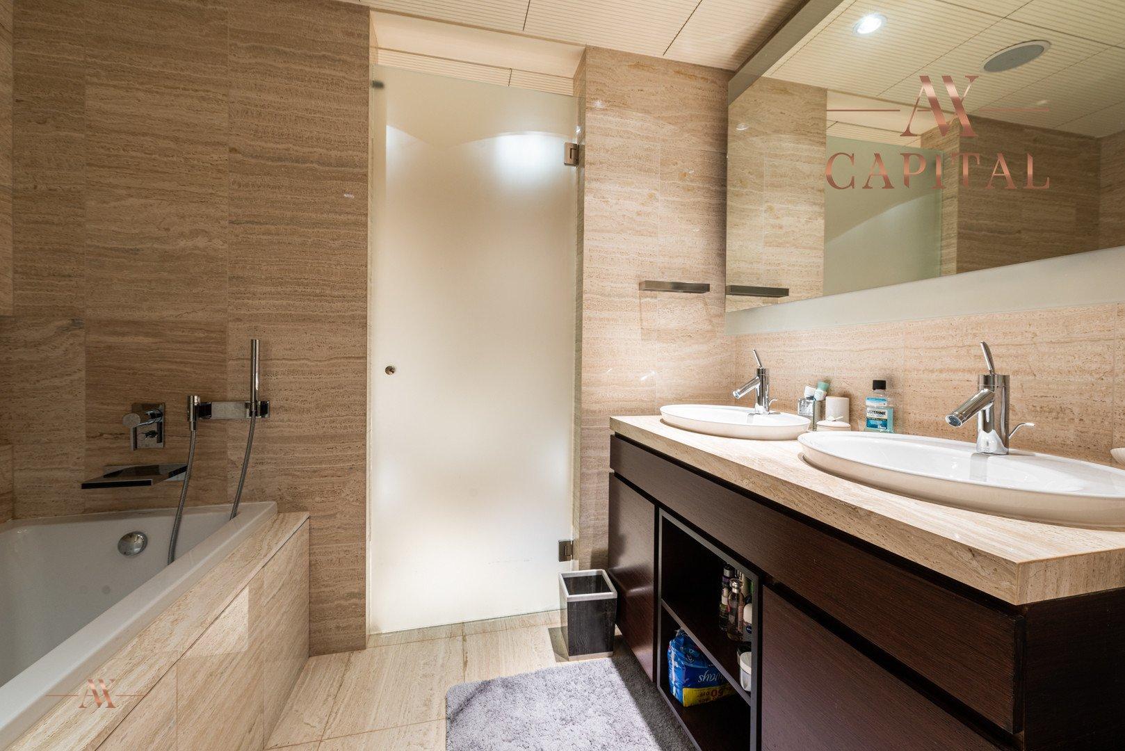Apartment for sale in Dubai, UAE, 3 bedrooms, 250.8 m2, No. 23634 – photo 3