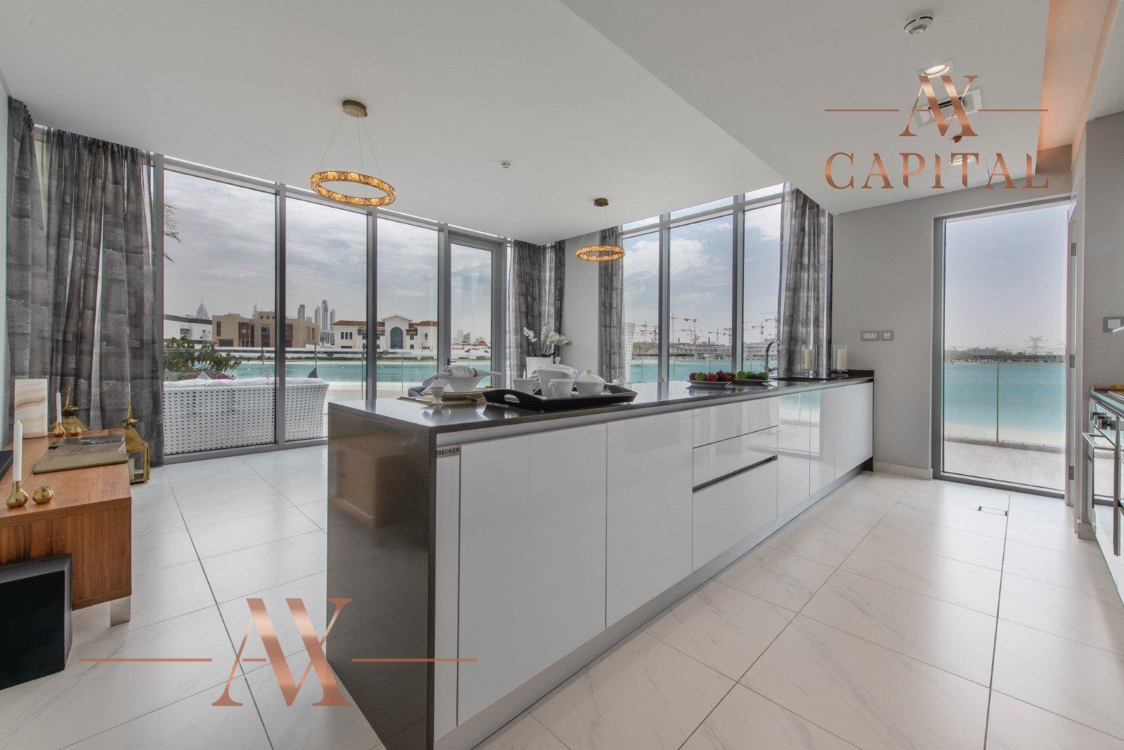 Apartment for sale in Dubai, UAE, 2 bedrooms, 194.8 m2, No. 23727 – photo 12