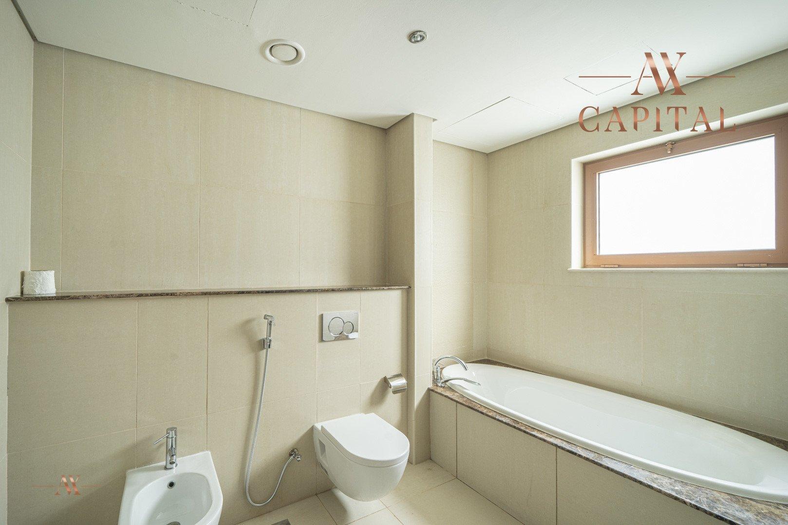 Villa for sale in Dubai, UAE, 5 bedrooms, 611.9 m2, No. 23654 – photo 15