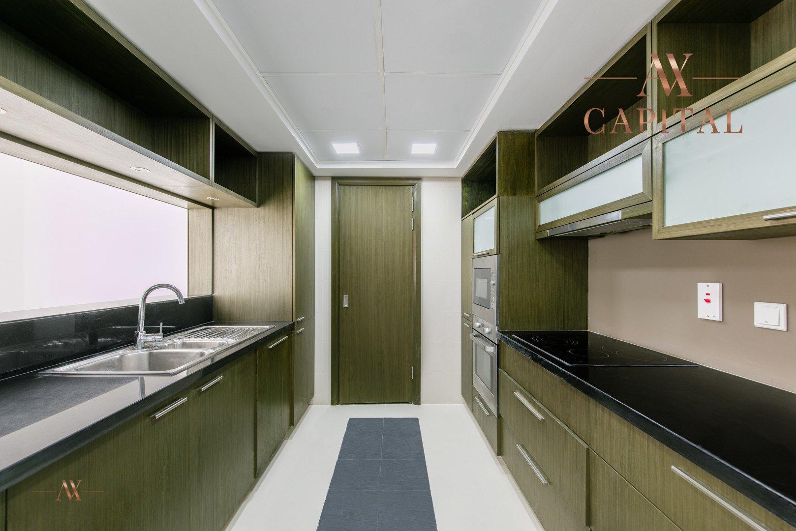 Apartment for sale in Dubai, UAE, 1 bedroom, 72 m2, No. 23598 – photo 8