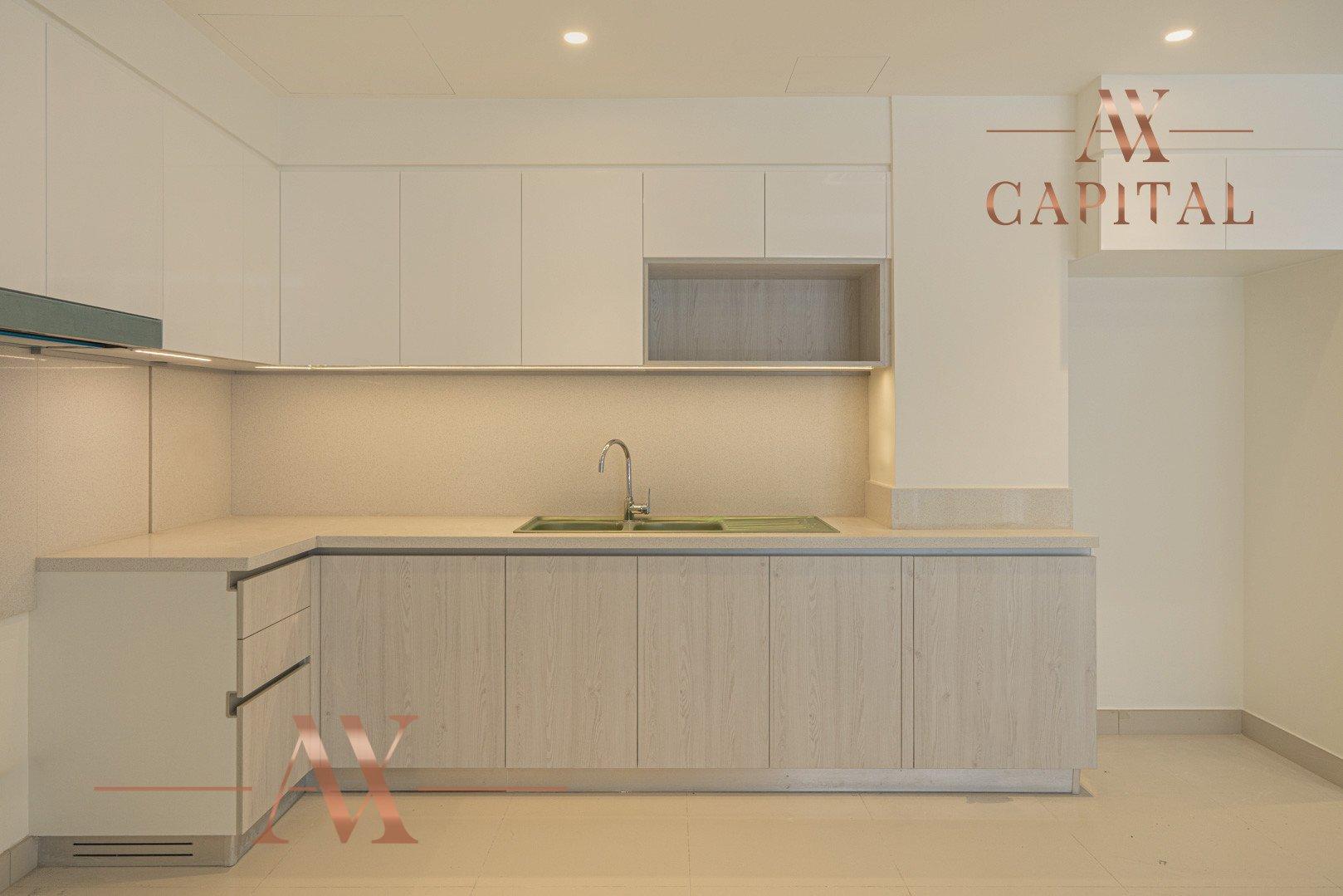 Apartment for sale in Dubai, UAE, 3 bedrooms, 125.8 m2, No. 23775 – photo 8