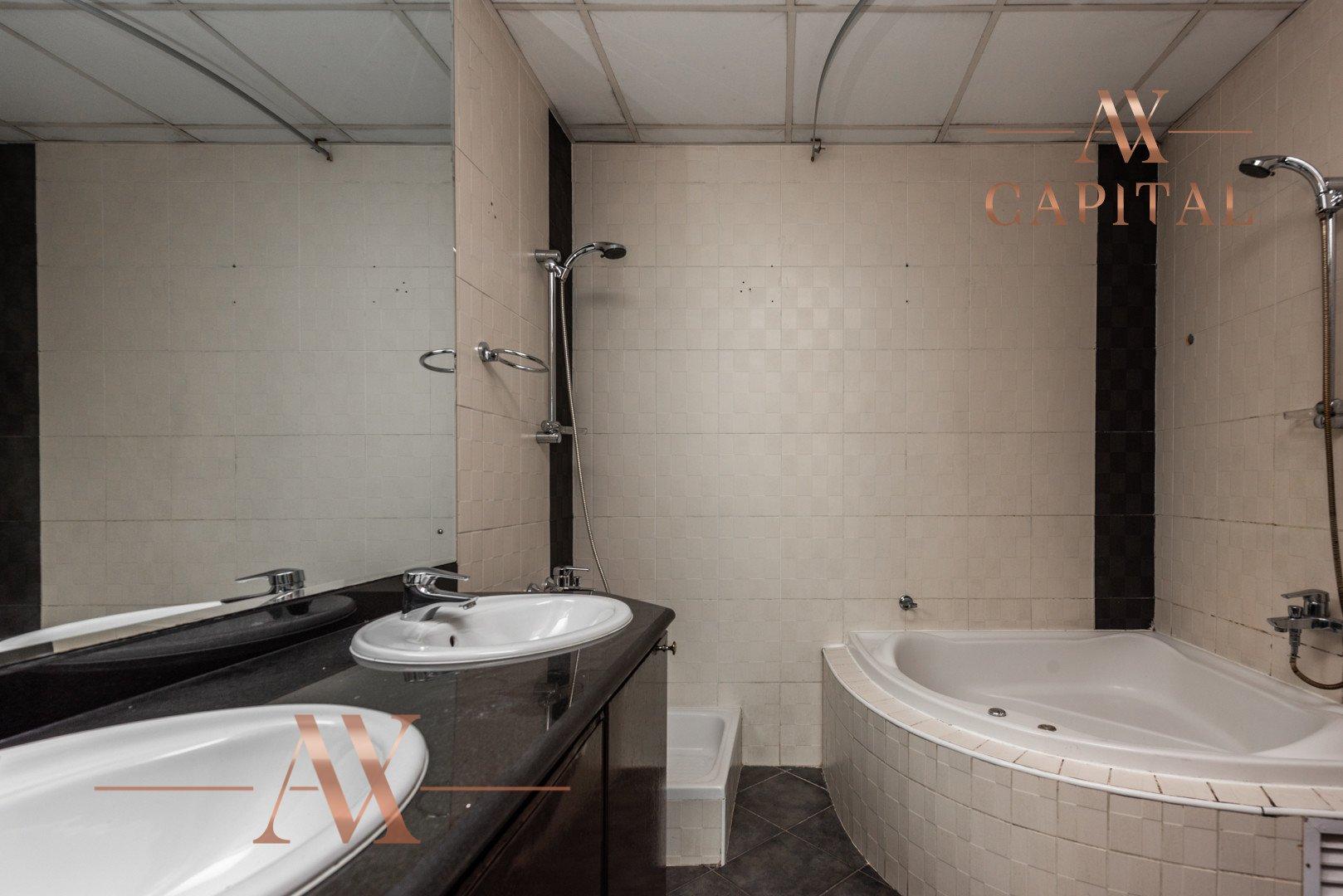 Apartment for sale in Dubai, UAE, 2 bedrooms, 170.8 m2, No. 23706 – photo 5