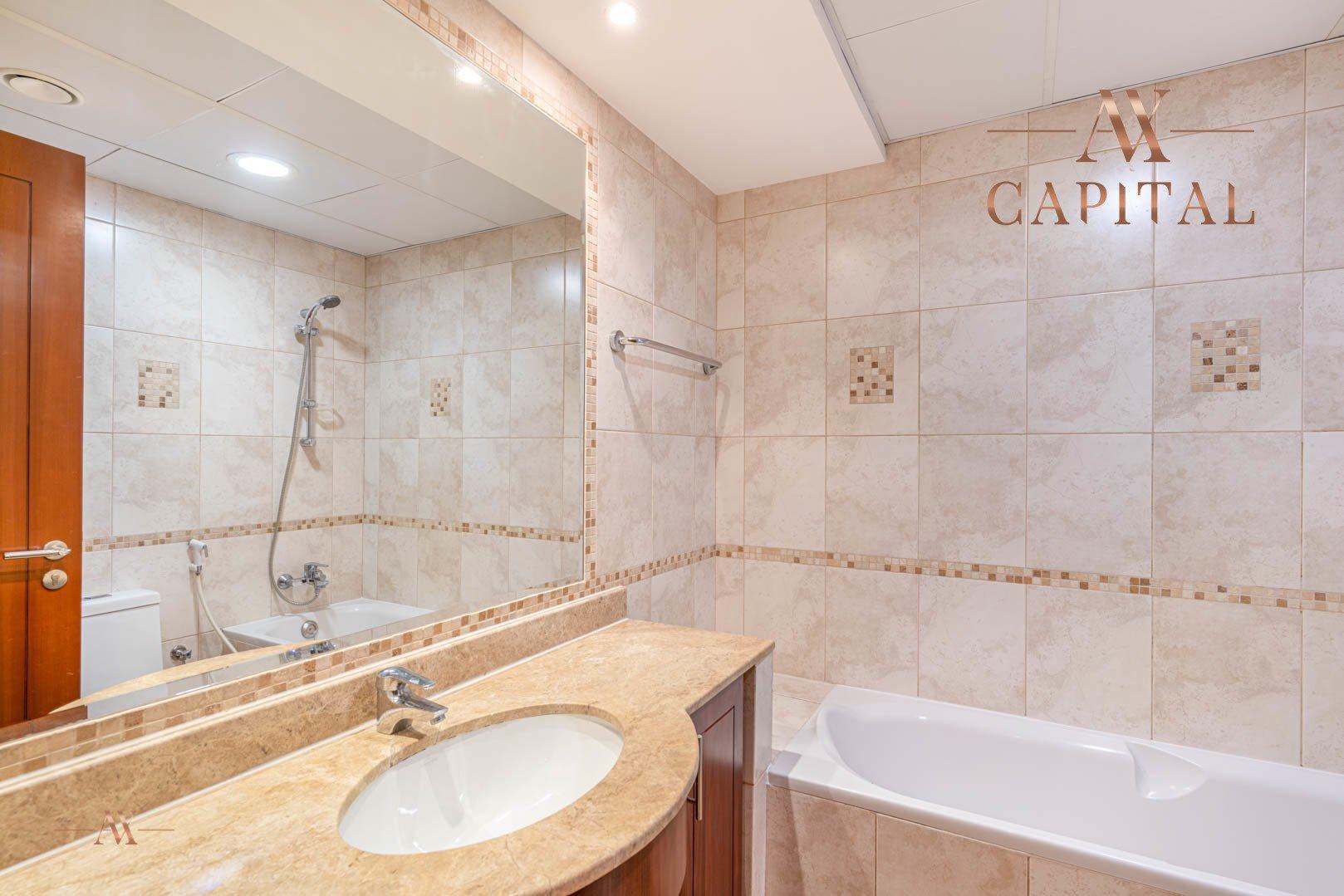 Apartment for sale in Dubai, UAE, 3 bedrooms, 330.1 m2, No. 23627 – photo 5