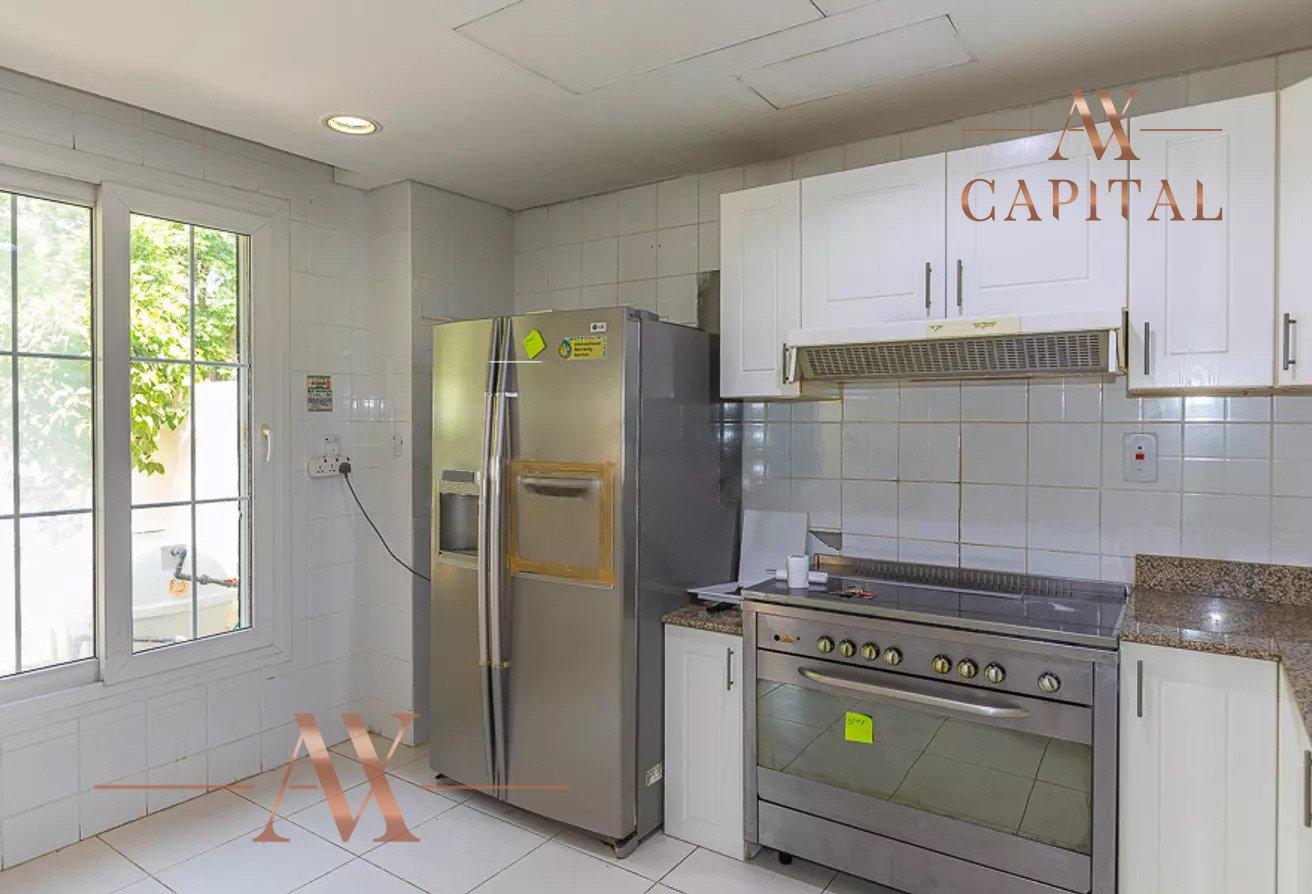 Villa for sale in Dubai, UAE, 2 bedrooms, 215.5 m2, No. 23771 – photo 11