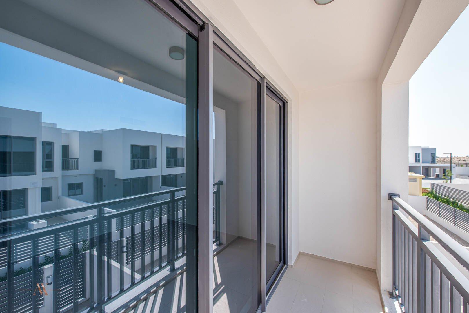 Villa for sale in Dubai, UAE, 3 bedrooms, 194.4 m2, No. 23635 – photo 3