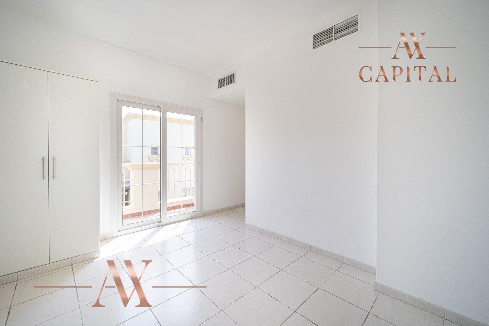 Villa for sale in Dubai, UAE, 2 bedrooms, 215.5 m2, No. 23771 – photo 13