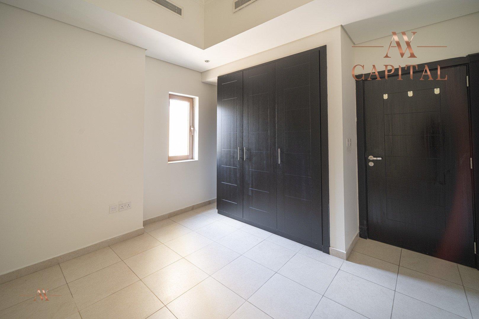 Villa for sale in Dubai, UAE, 5 bedrooms, 611.9 m2, No. 23654 – photo 26
