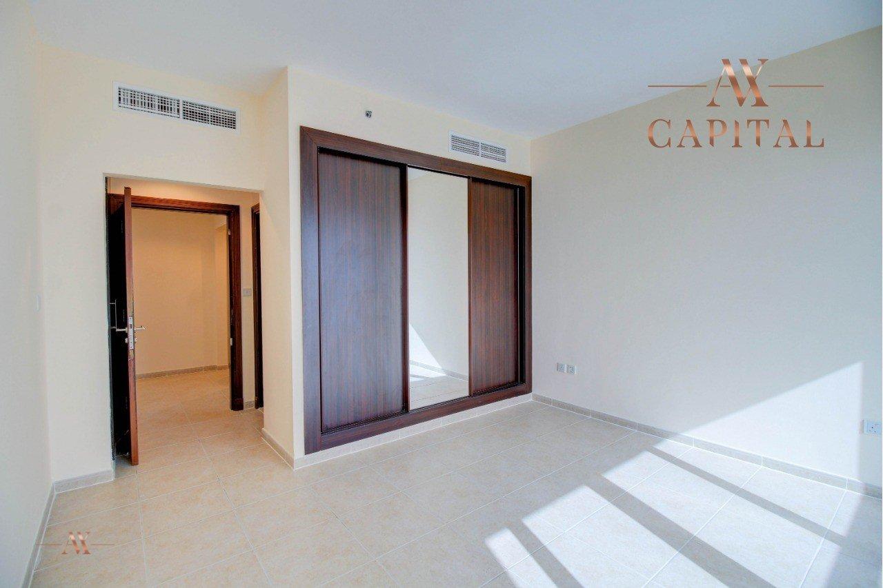 Apartment for sale in Dubai, UAE, 4 bedrooms, 298.3 m2, No. 23509 – photo 8