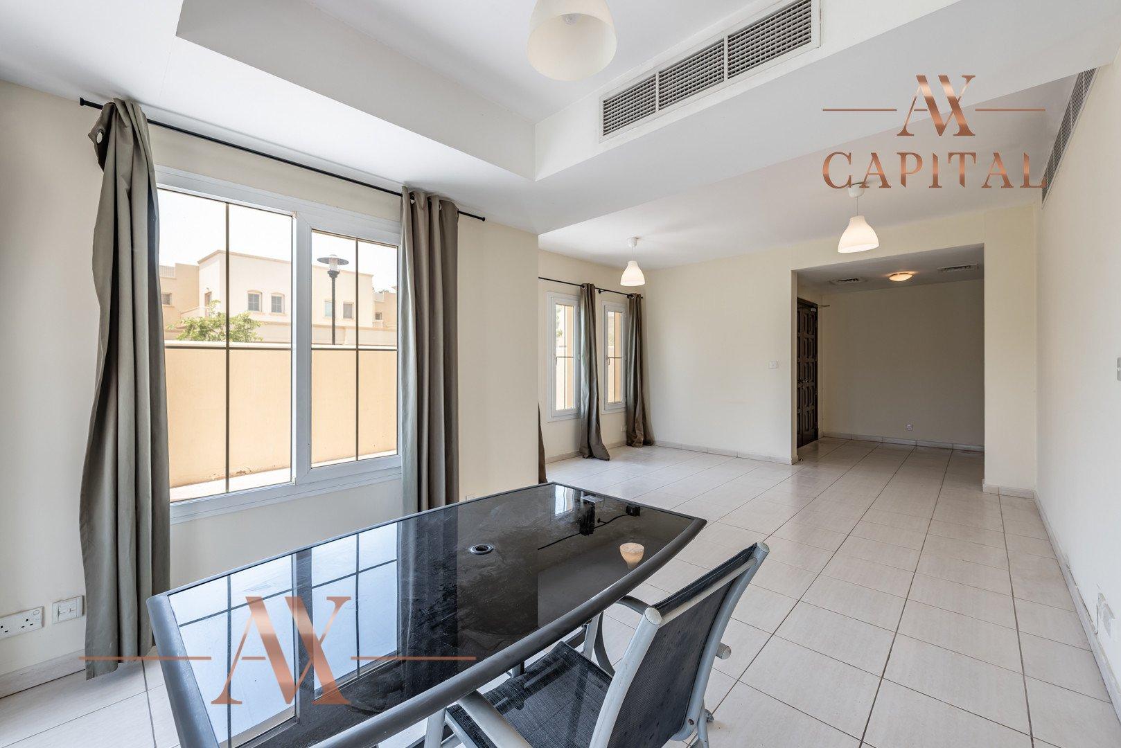 Villa for sale in Dubai, UAE, 3 bedrooms, 254 m2, No. 23745 – photo 20