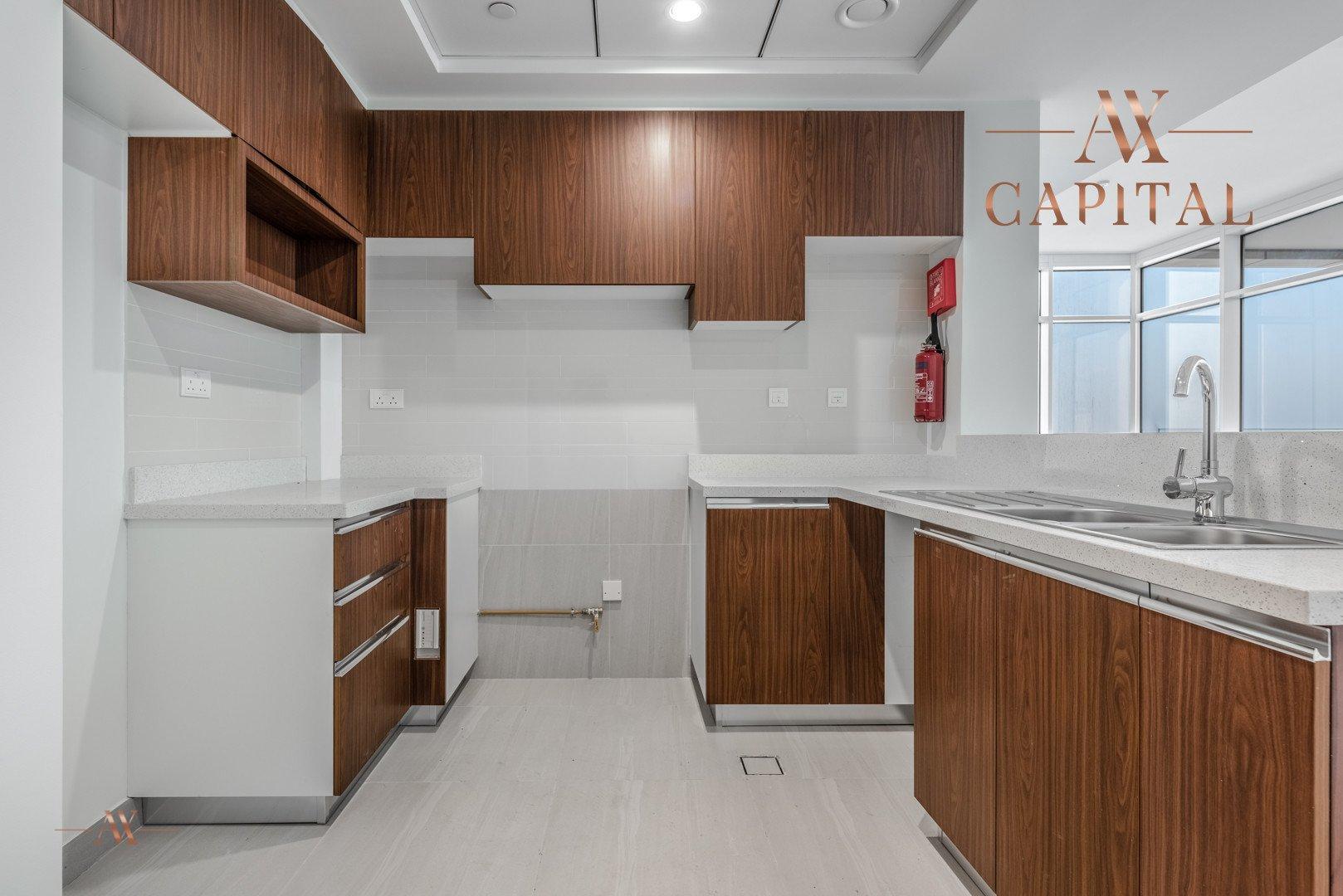 Apartment for sale in Dubai, UAE, 2 bedrooms, 131.7 m2, No. 23557 – photo 12