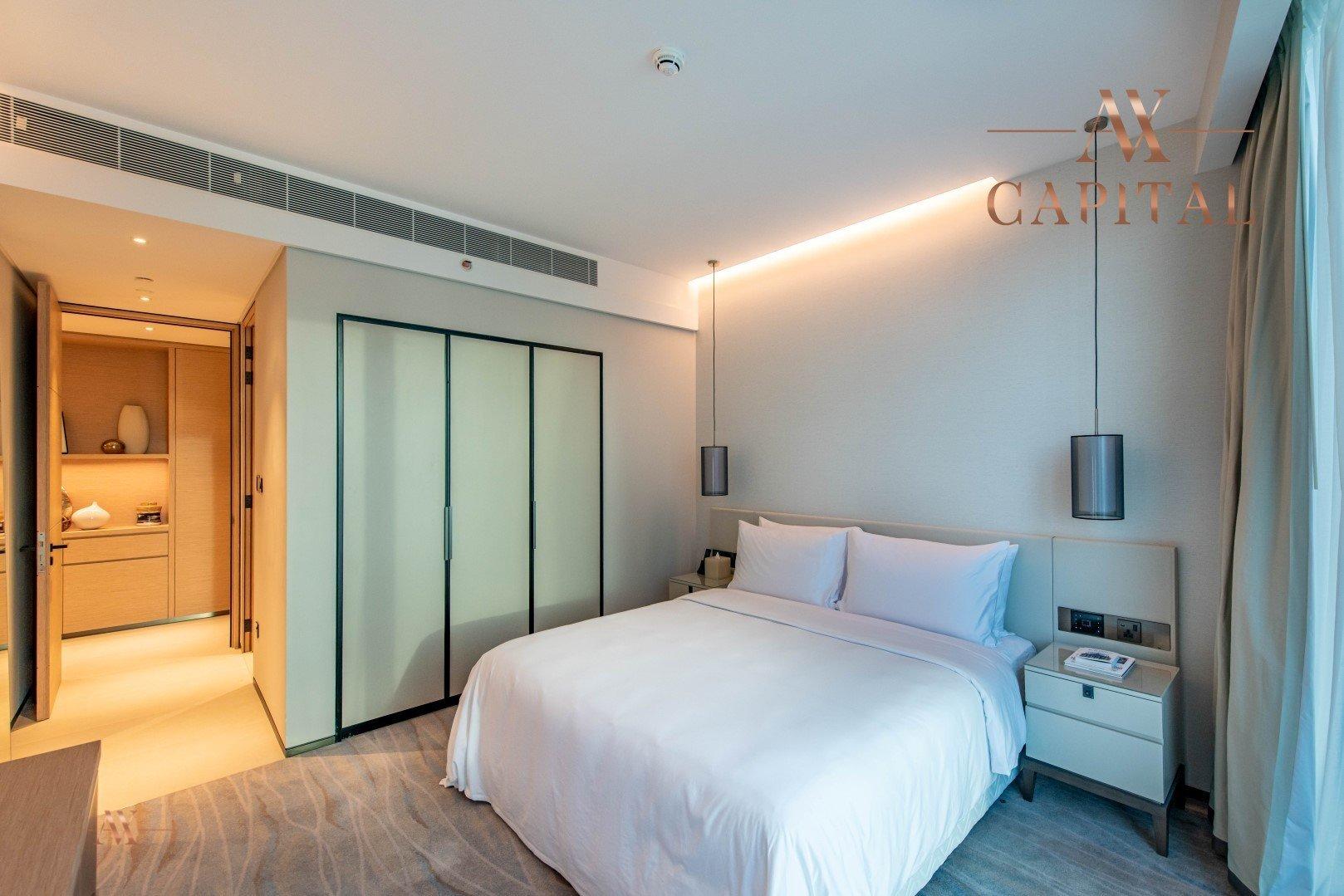 Apartment for sale in Dubai, UAE, 4 bedrooms, 240.6 m2, No. 23501 – photo 12