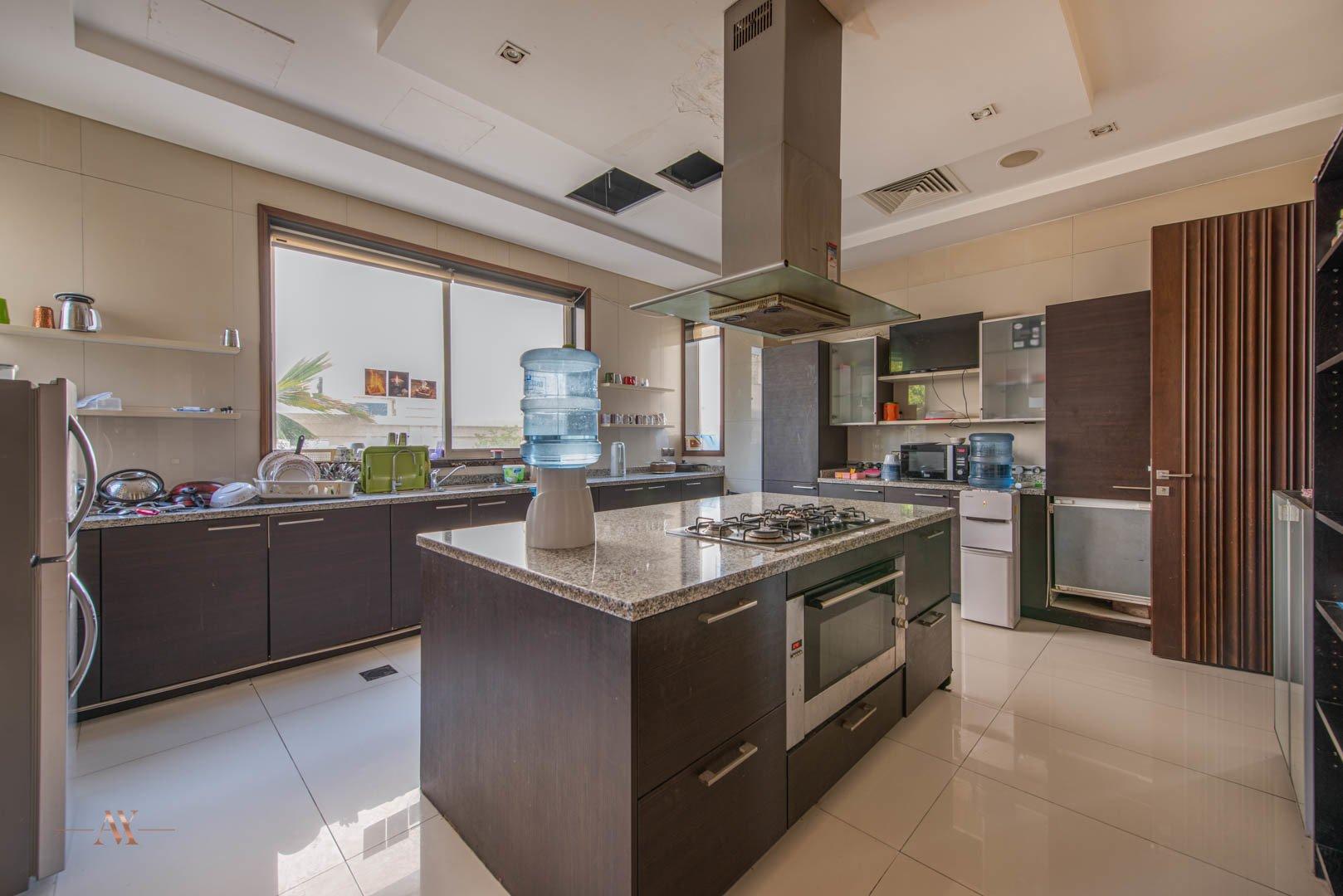 Villa for sale in Dubai, UAE, 6 bedrooms, 1114.8 m2, No. 23622 – photo 6