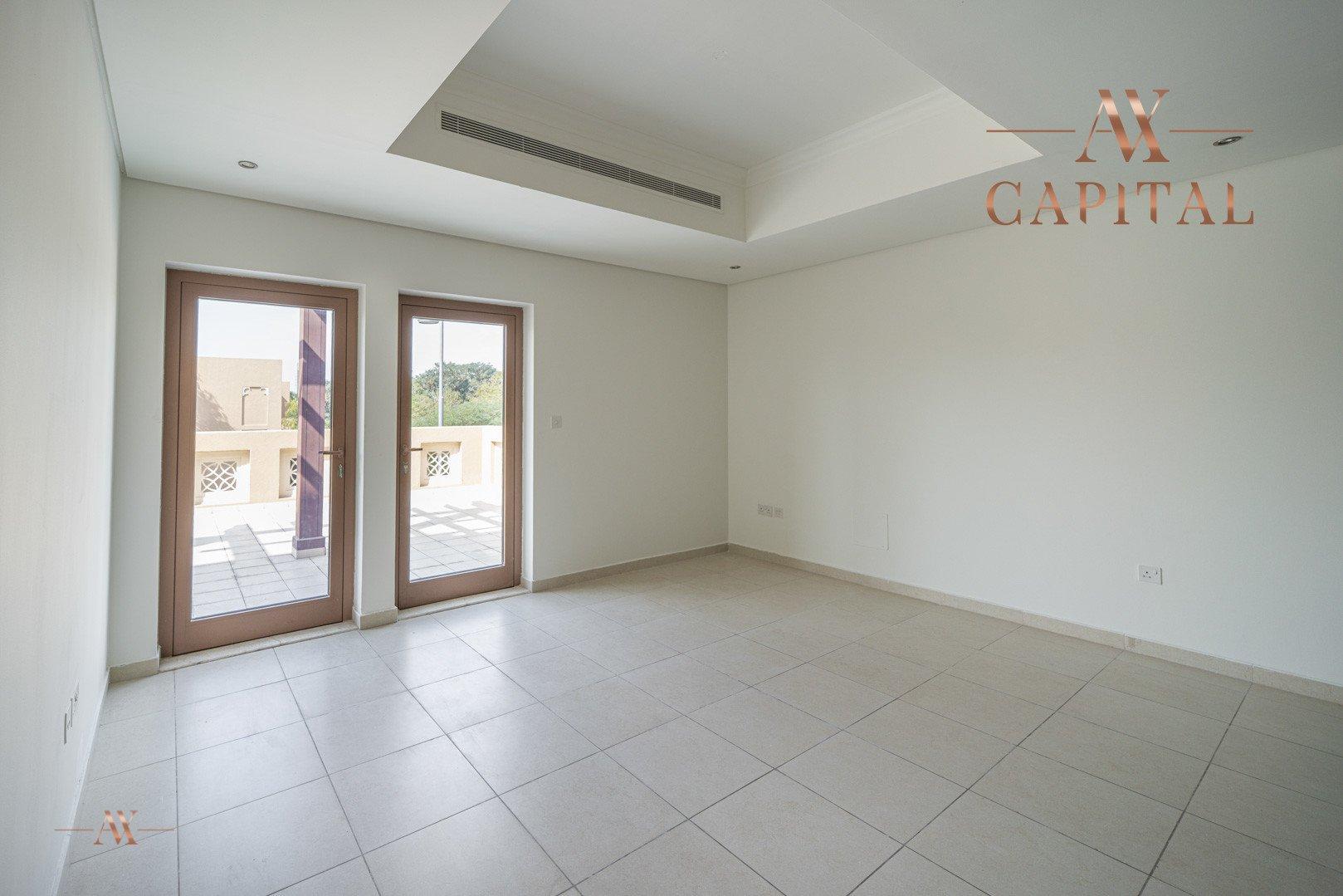Villa for sale in Dubai, UAE, 5 bedrooms, 611.9 m2, No. 23654 – photo 24