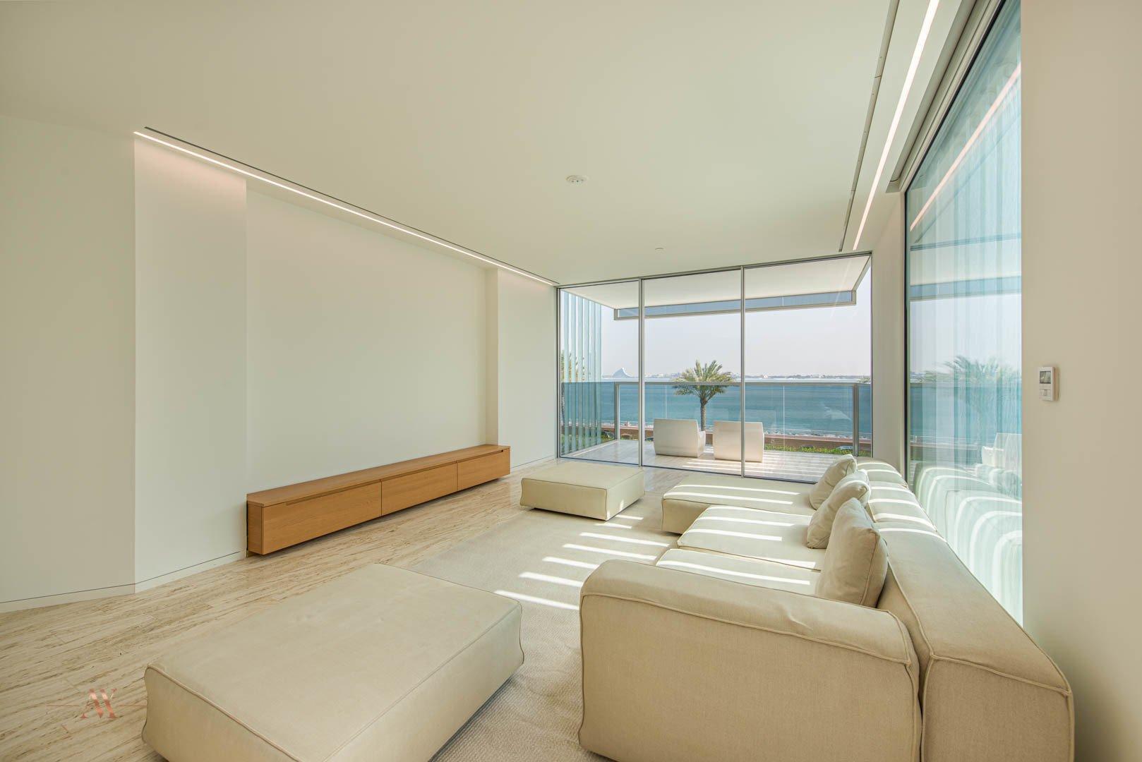 Apartment for sale in Dubai, UAE, 2 bedrooms, 162.5 m2, No. 23665 – photo 10