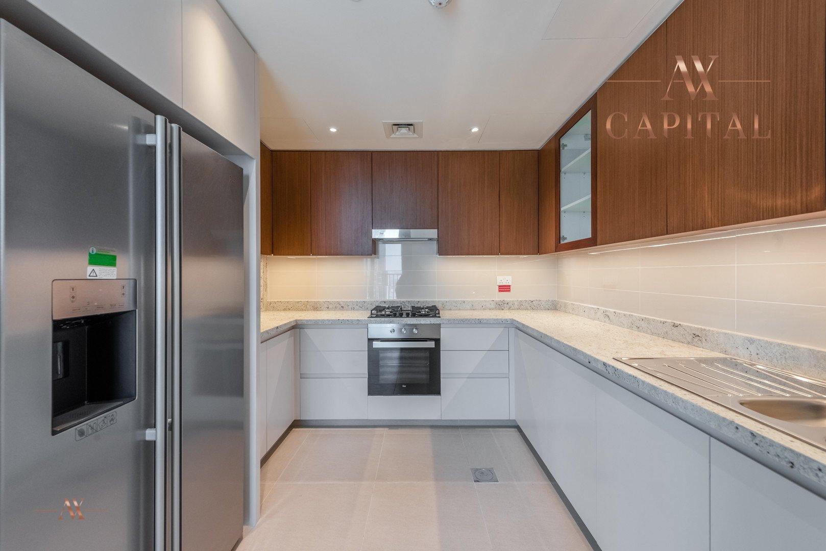 Apartment for sale in Dubai, UAE, 2 bedrooms, 161.5 m2, No. 23671 – photo 16
