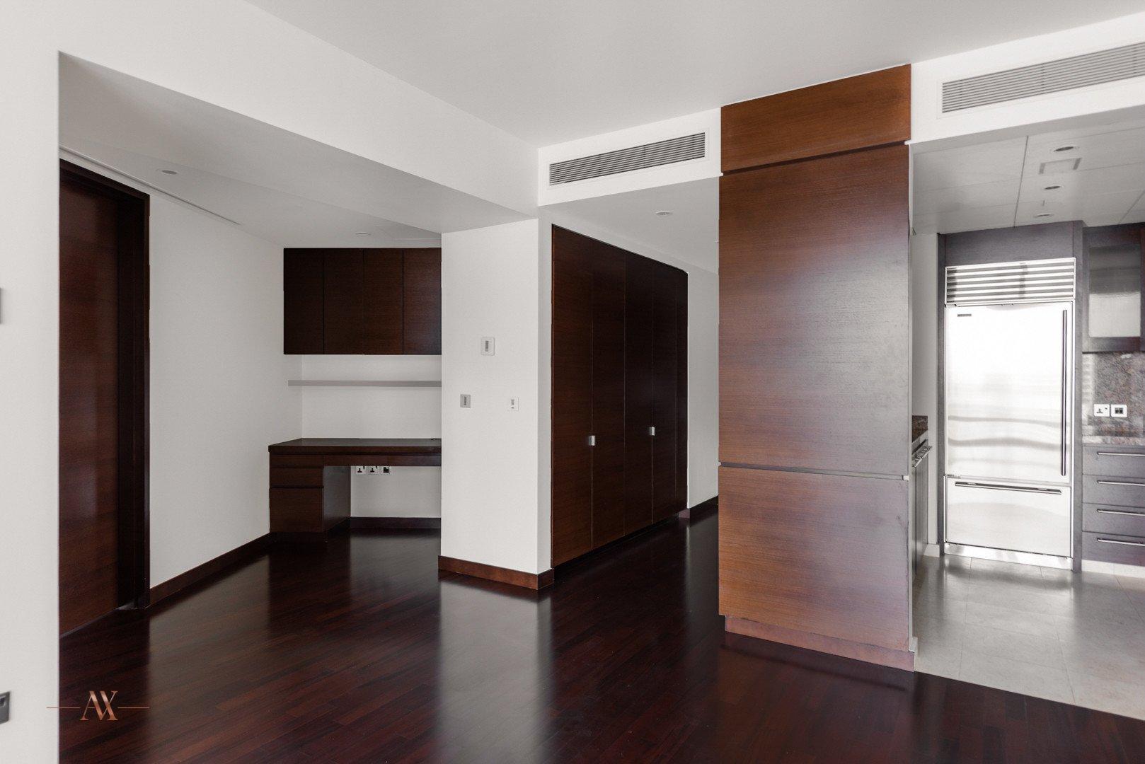Apartment for sale in Dubai, UAE, 1 bedroom, 102.6 m2, No. 23631 – photo 7