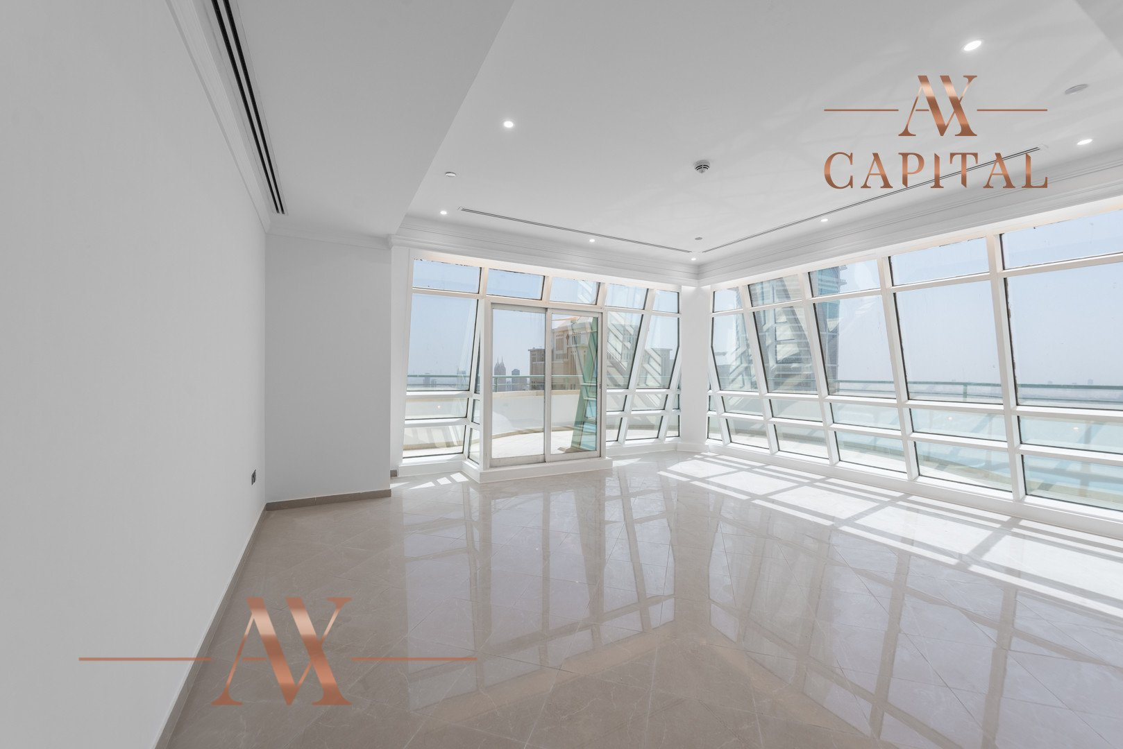 Penthouse for sale in Dubai, UAE, 5 bedrooms, 580.4 m2, No. 23755 – photo 1