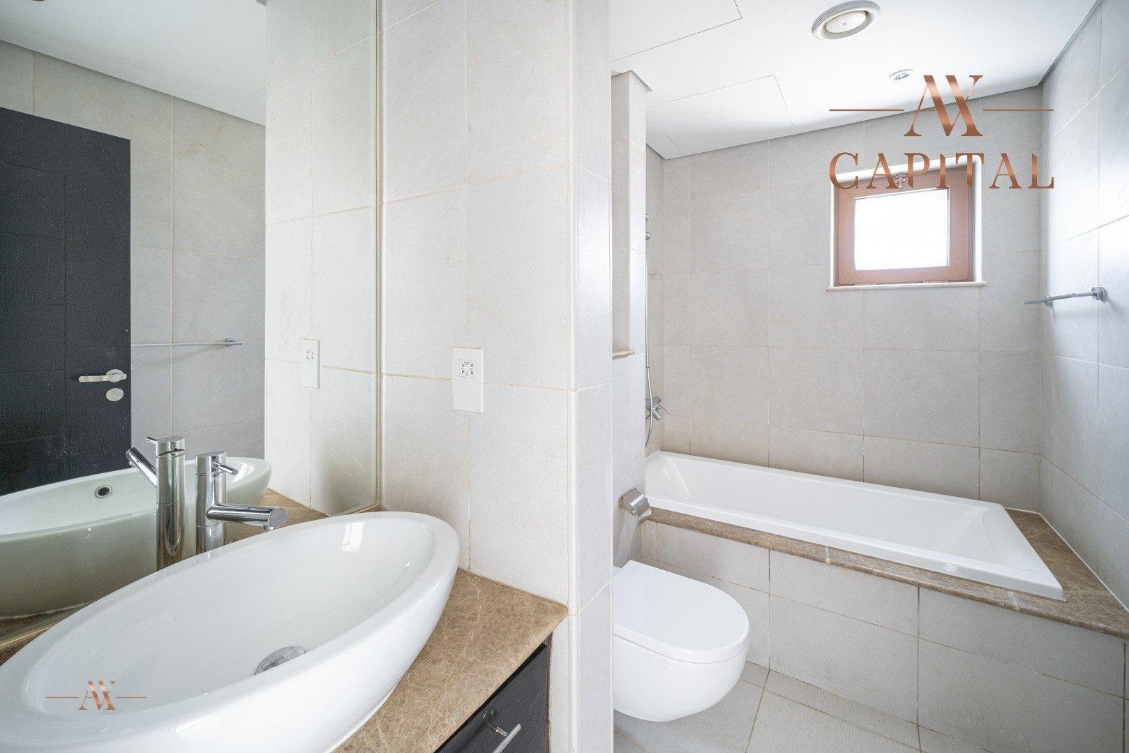 Villa for sale in Dubai, UAE, 5 bedrooms, 611.9 m2, No. 23654 – photo 22