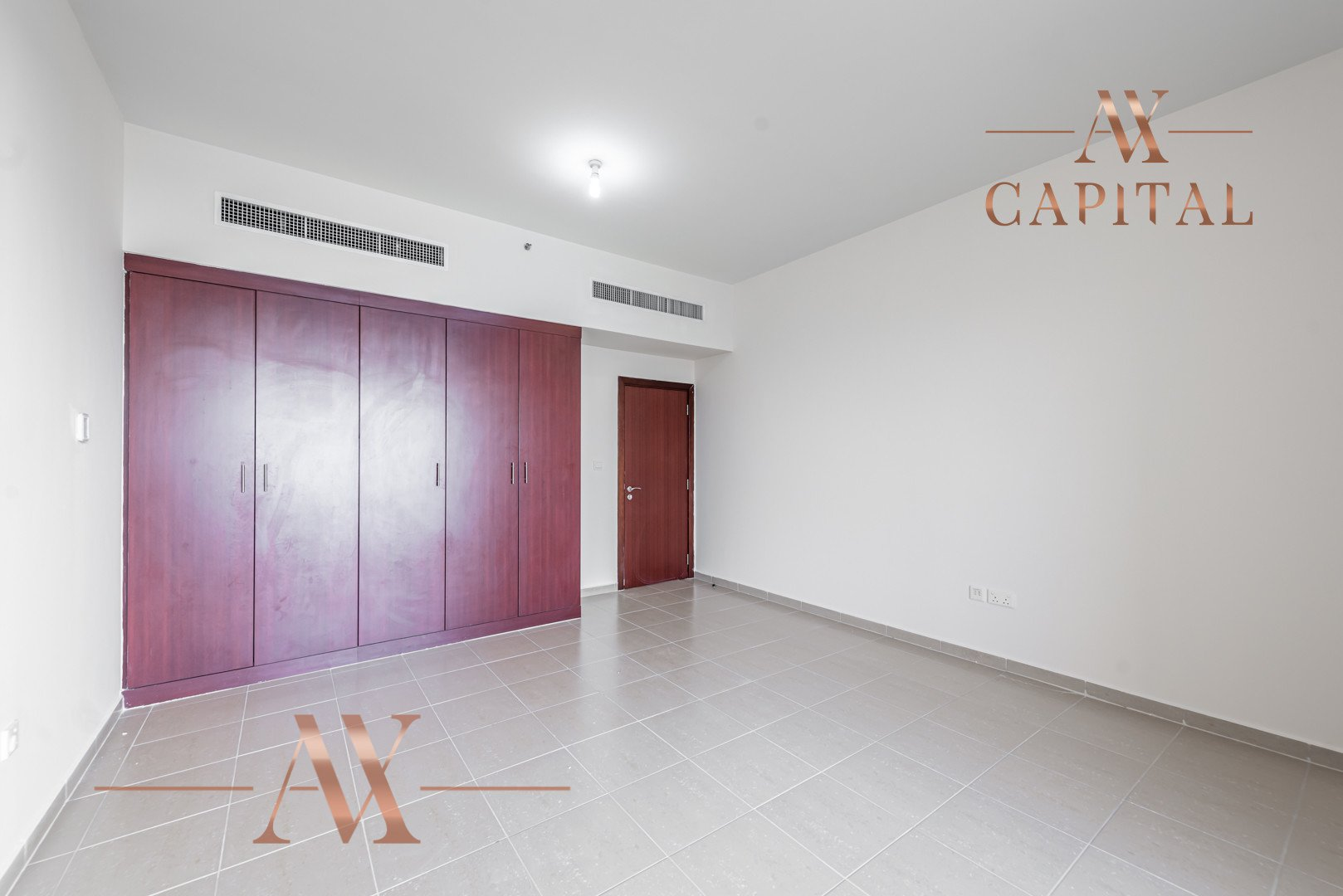 Apartment for sale in Dubai, UAE, 3 bedrooms, 198.8 m2, No. 23766 – photo 17