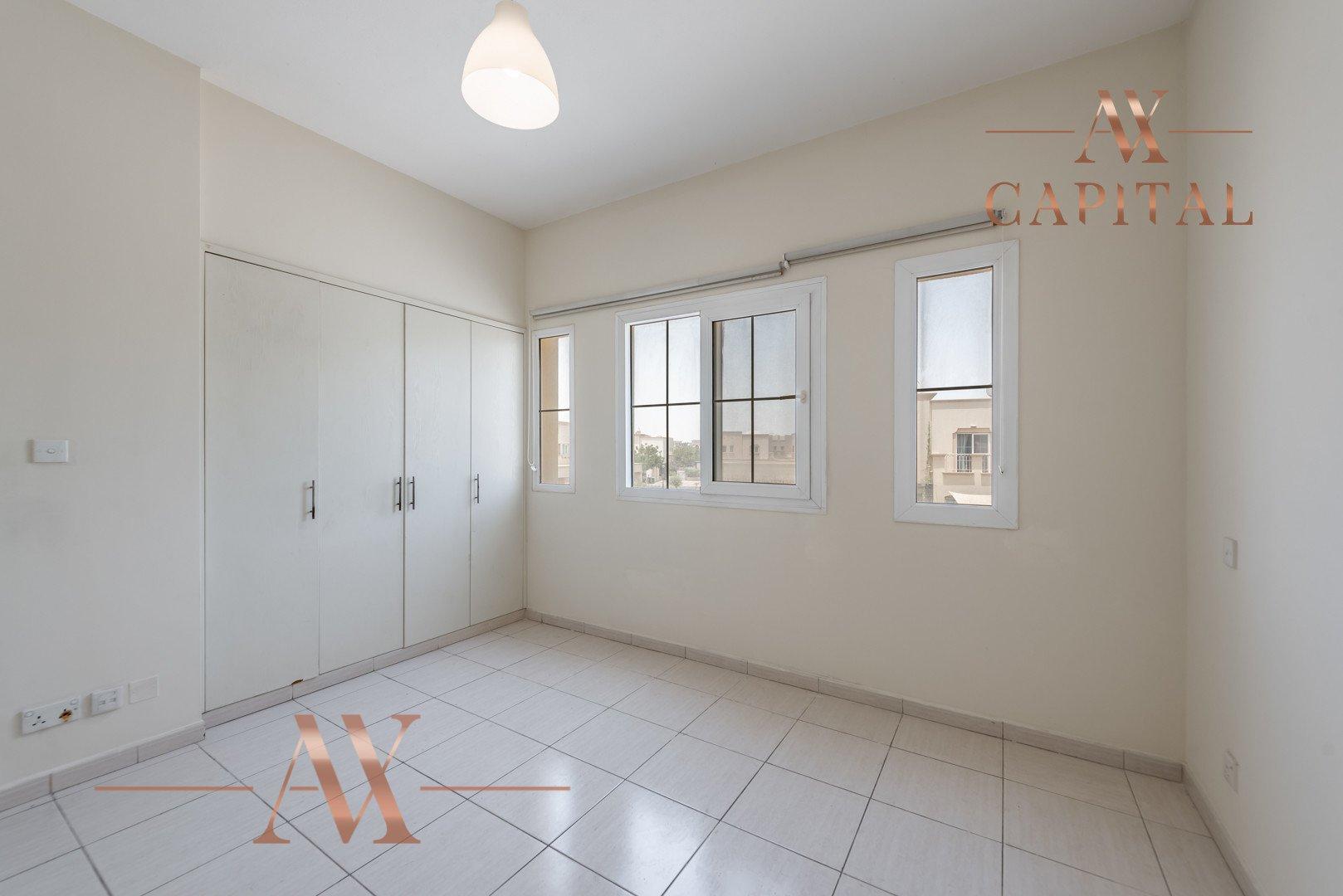 Villa for sale in Dubai, UAE, 2 bedrooms, 166.7 m2, No. 23769 – photo 12