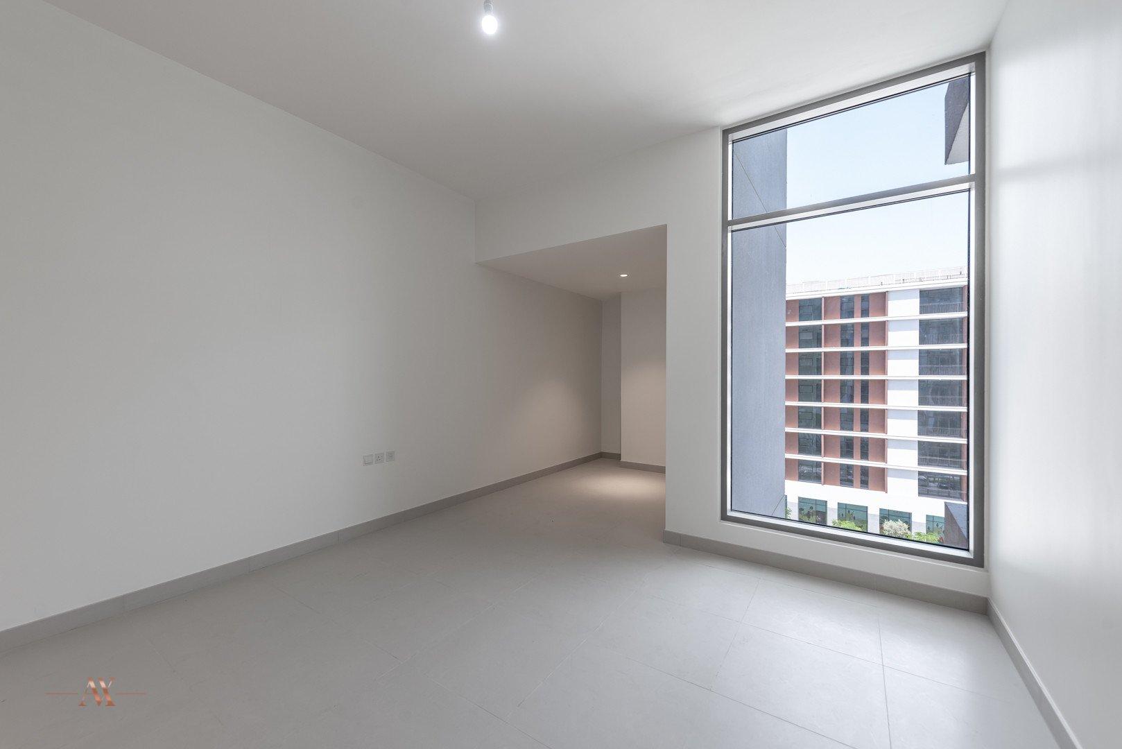 Apartment for sale in Dubai, UAE, 1 bedroom, 90.6 m2, No. 23645 – photo 4