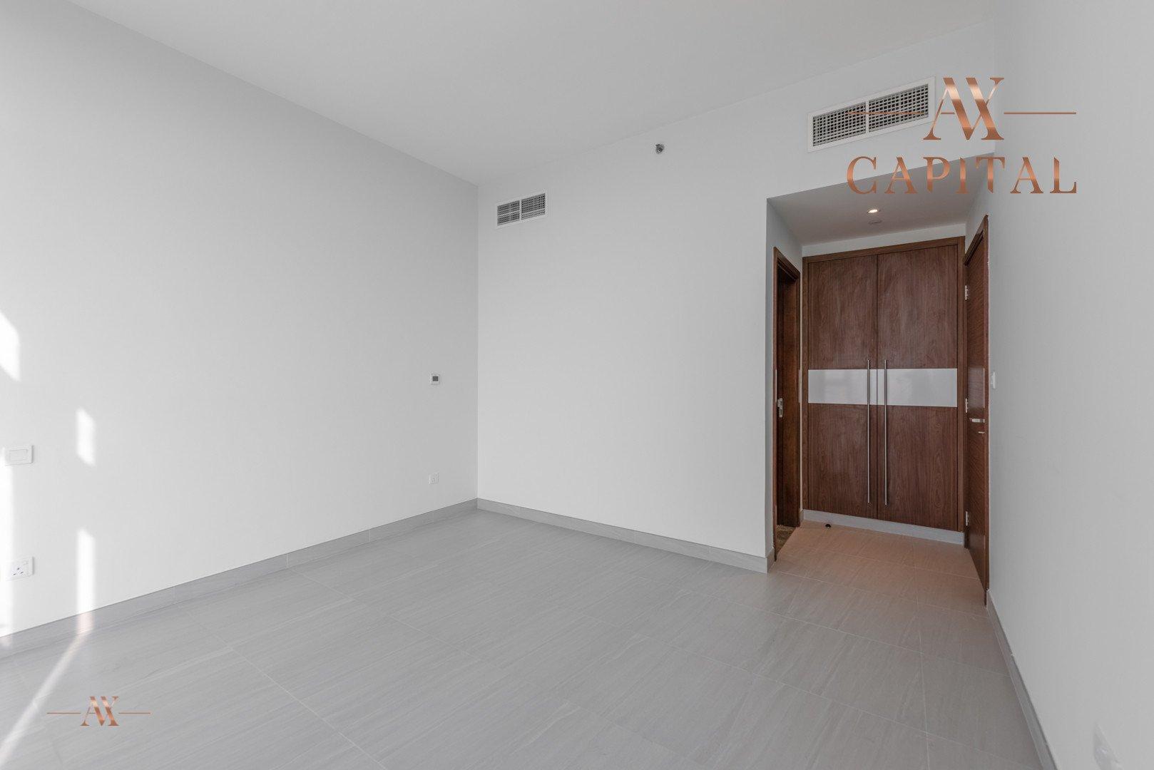 Apartment for sale in Dubai, UAE, 2 bedrooms, 131.7 m2, No. 23557 – photo 8