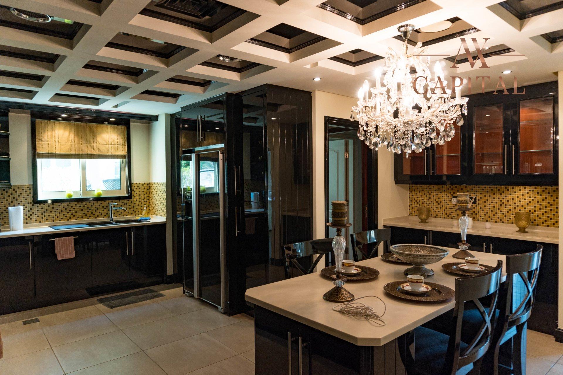 Villa for sale in Dubai, UAE, 4 bedrooms, 1001.7 m2, No. 23559 – photo 16