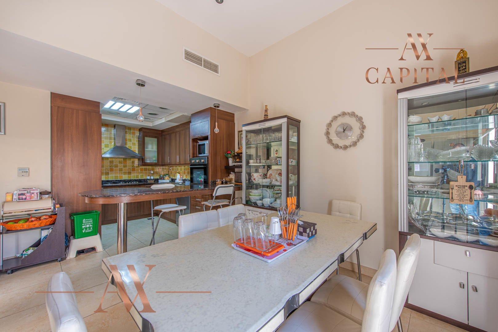 Villa for sale in Dubai, UAE, 4 bedrooms, 388.7 m2, No. 23691 – photo 6