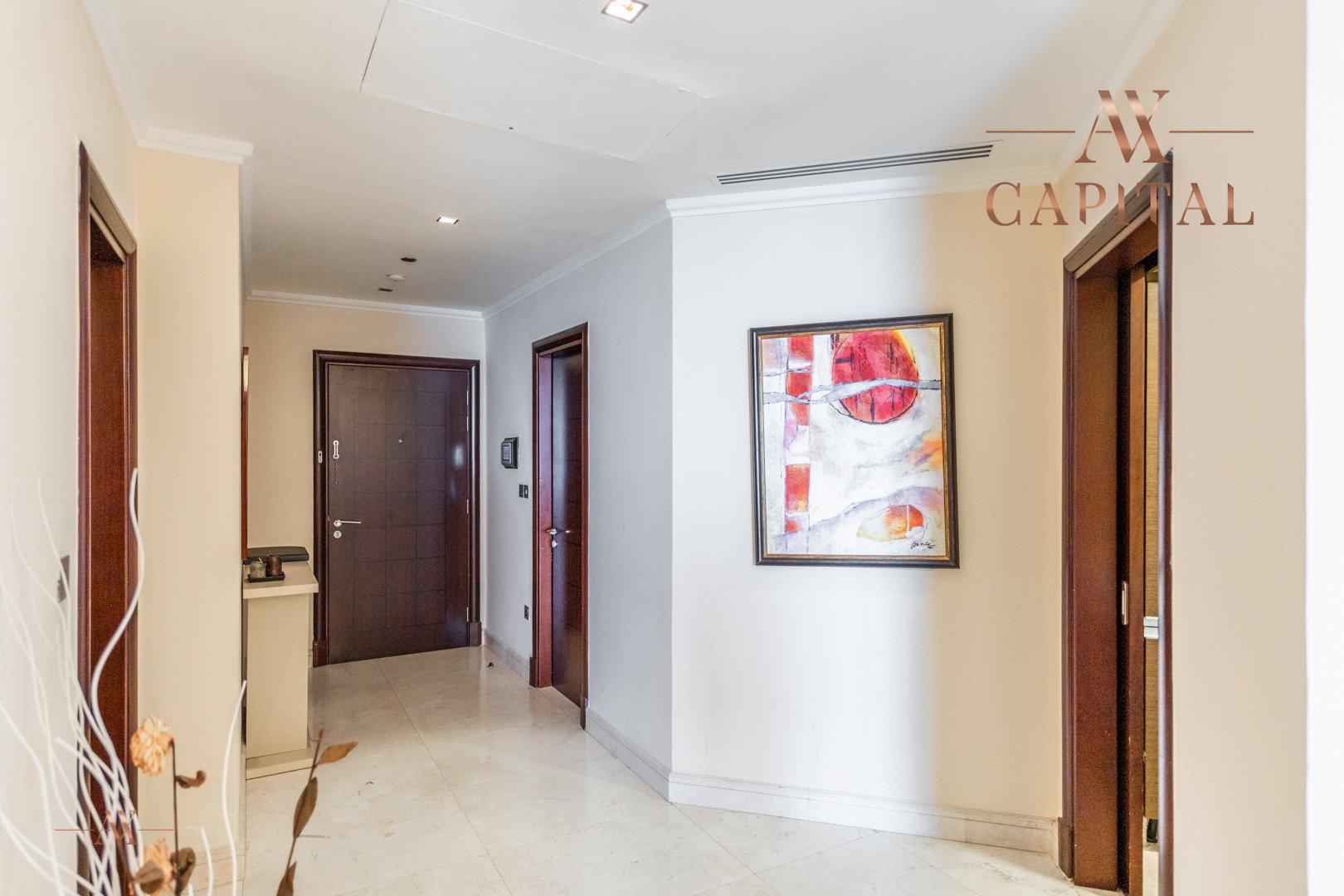 Apartment for sale in Dubai, UAE, 1 bedroom, 104.1 m2, No. 23575 – photo 9