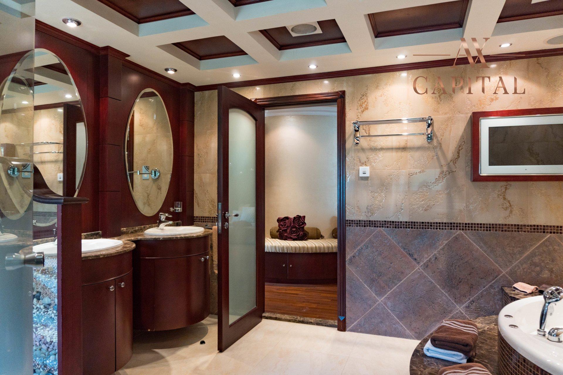 Villa for sale in Dubai, UAE, 4 bedrooms, 1001.7 m2, No. 23559 – photo 8