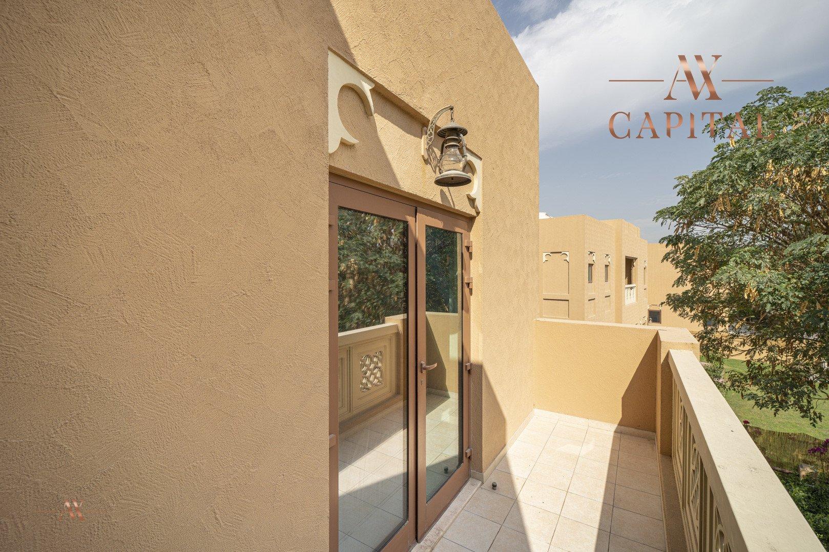 Villa for sale in Dubai, UAE, 5 bedrooms, 611.9 m2, No. 23654 – photo 9