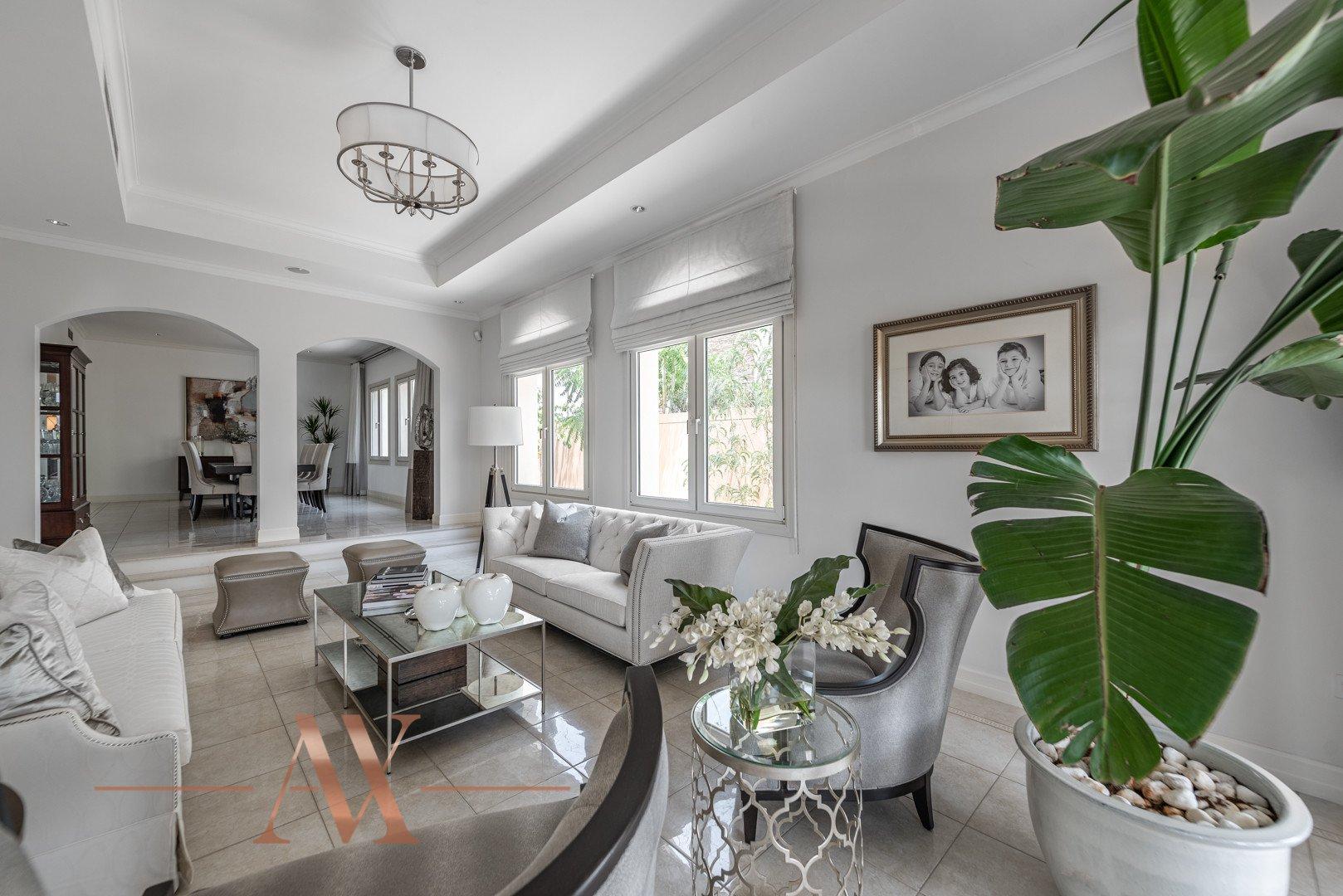 Villa for sale in Dubai, UAE, 6 bedrooms, 1049.3 m2, No. 23715 – photo 12